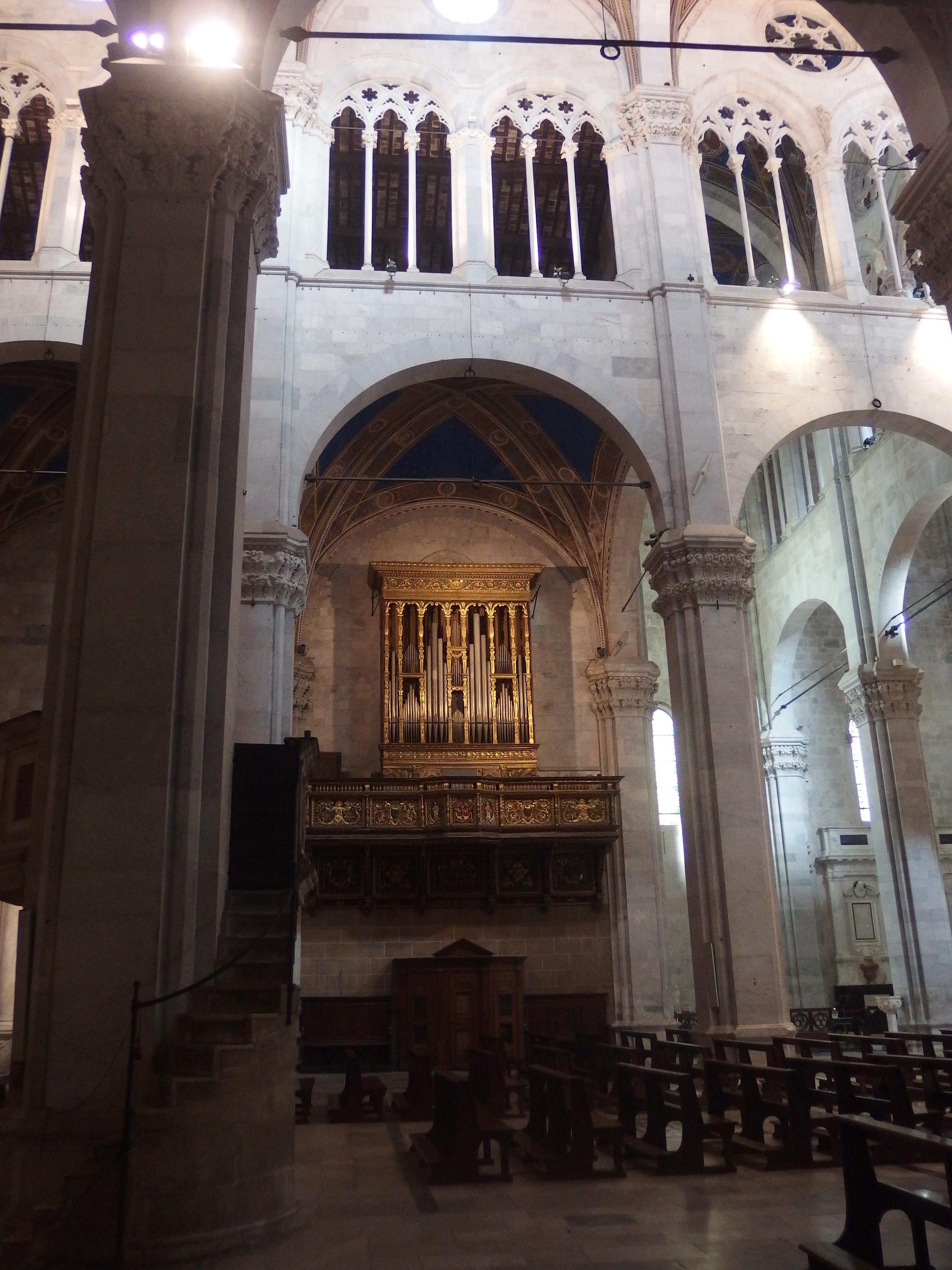 File Lucca Cattedrale Di San Martino Interno 4 Jpg Wikimedia Commons
