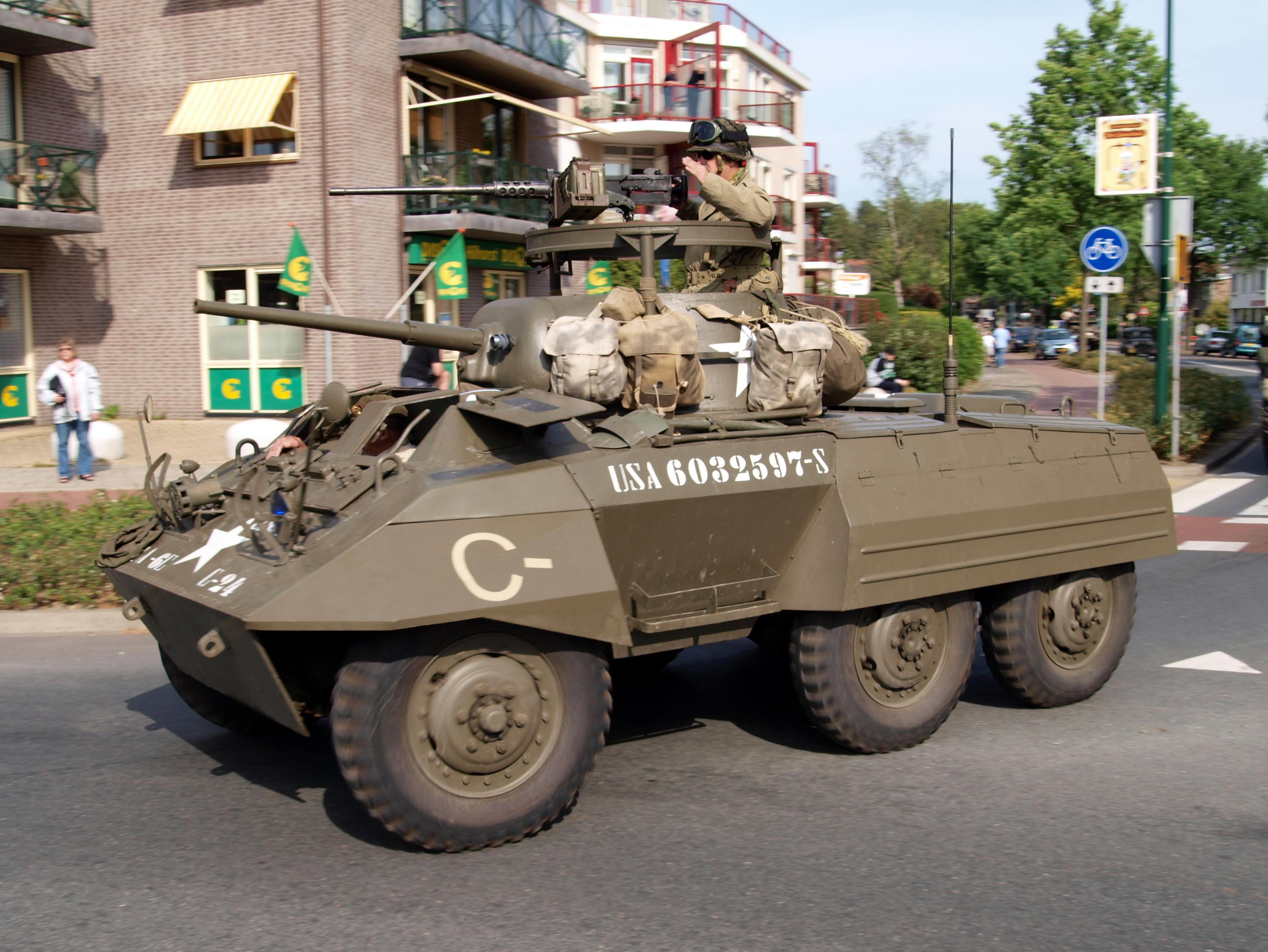File:M8 Greyhound, C-24, USA 6032597-S, Bridgehead 2011 ...