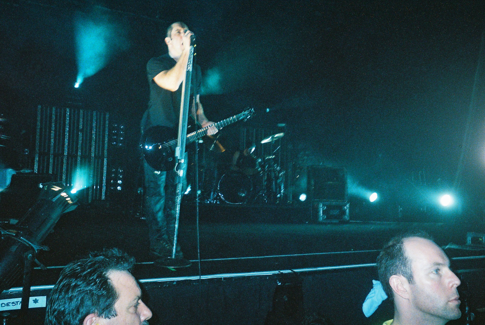 File:Nine Inch Nails Rod Laver Arena Melbourne Australia 2005-08-18 ...
