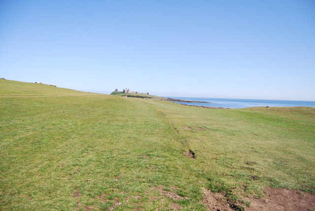 Northumberland Coast Path to Dunstanburgh Castle - geograph.org.uk - 2575622