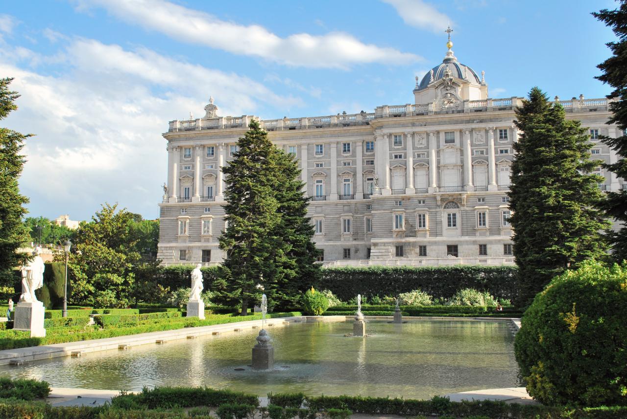 File palacio real y jardines de sabatini 3523445350 jpg wikimedia commons - Jardines palacio real madrid ...
