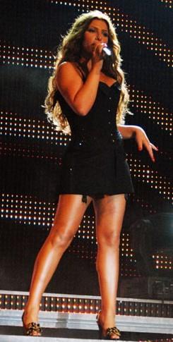 English: Elena Paparizou performing on the lau...