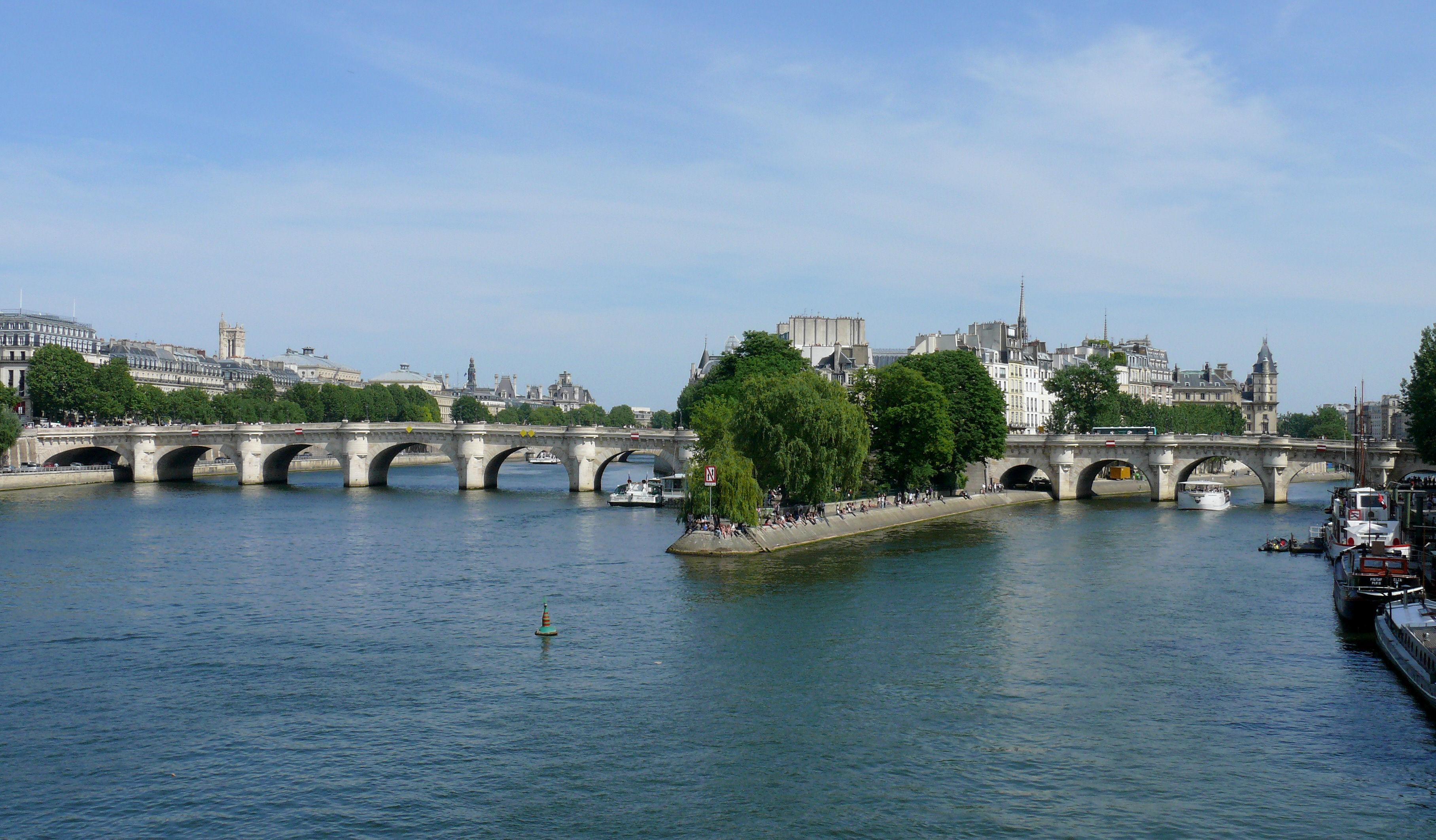 новый мост во франции фото институт теплотехники