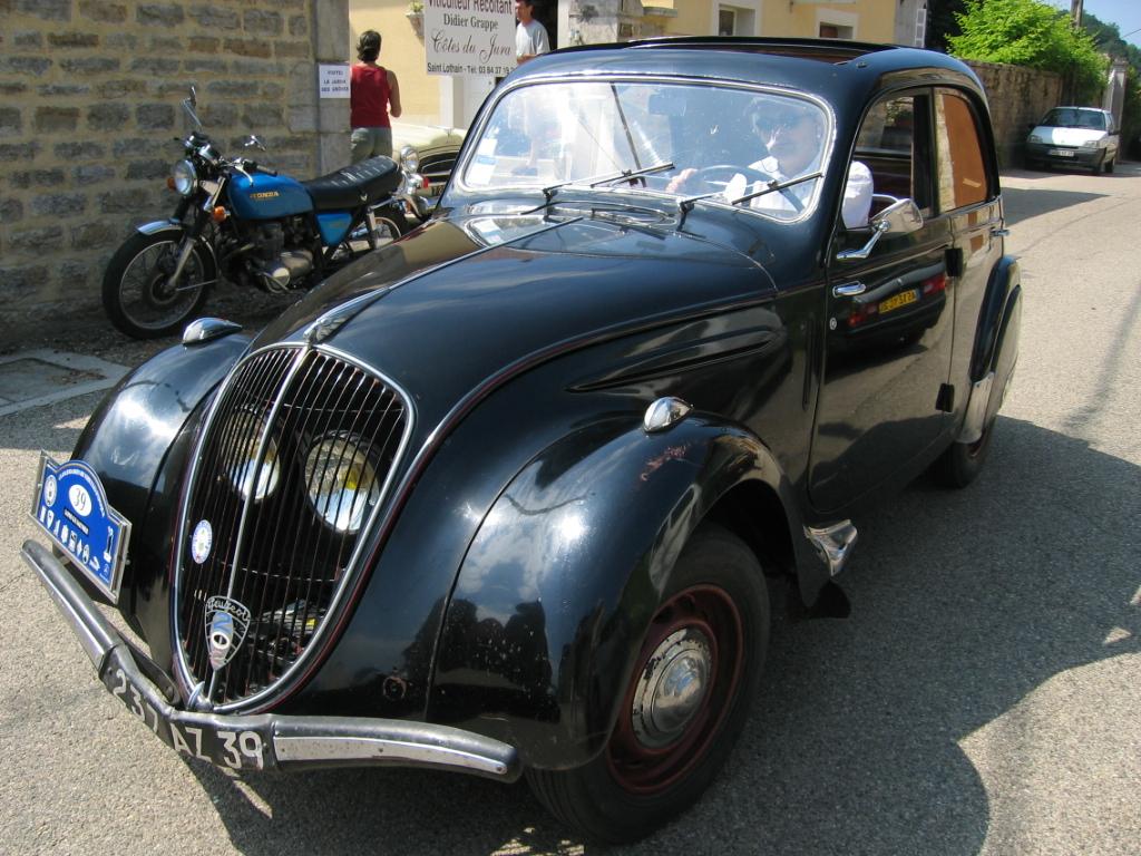 File:Peugeot 202 001.jpg
