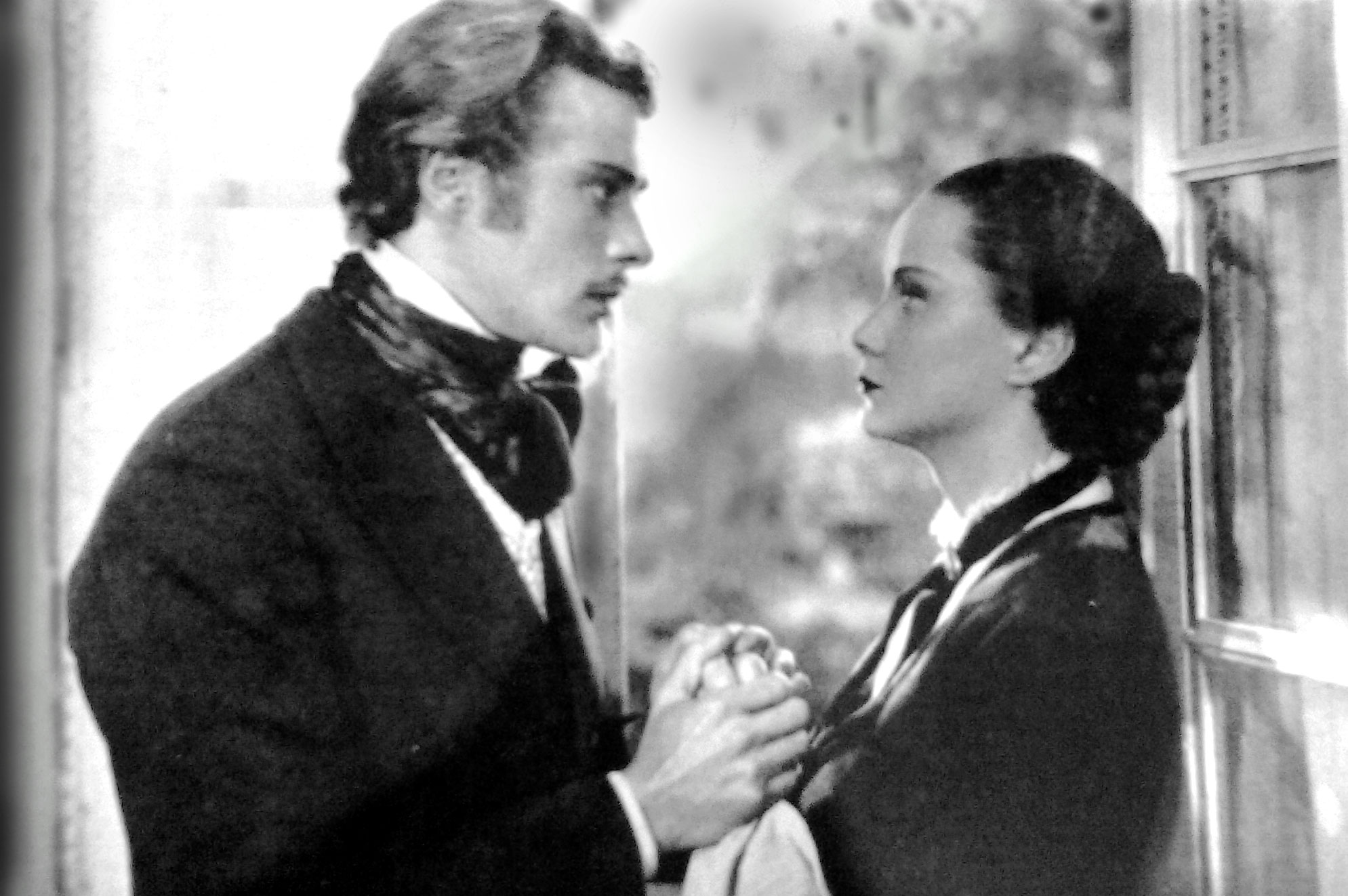 Massimo Serato e Alida Valli in Piccolo mondo antico di Mario Soldati (1941)