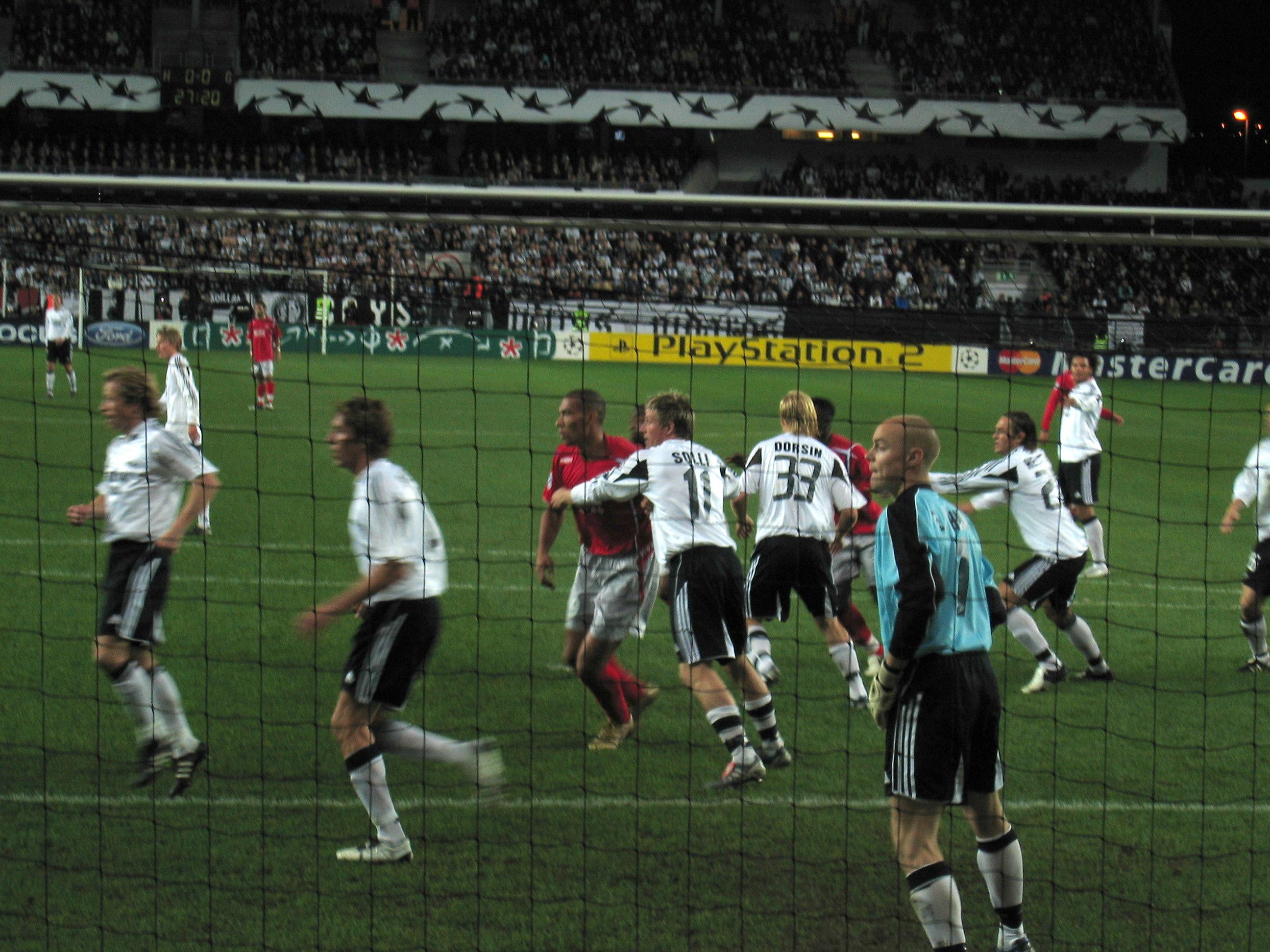 Kort om sport fotboll 1998 03 31