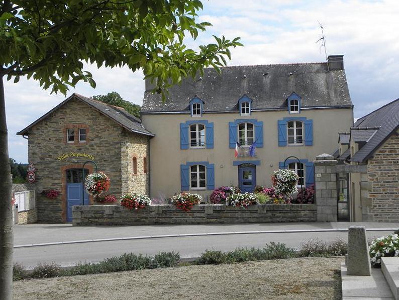 Mairie de Renac (35).