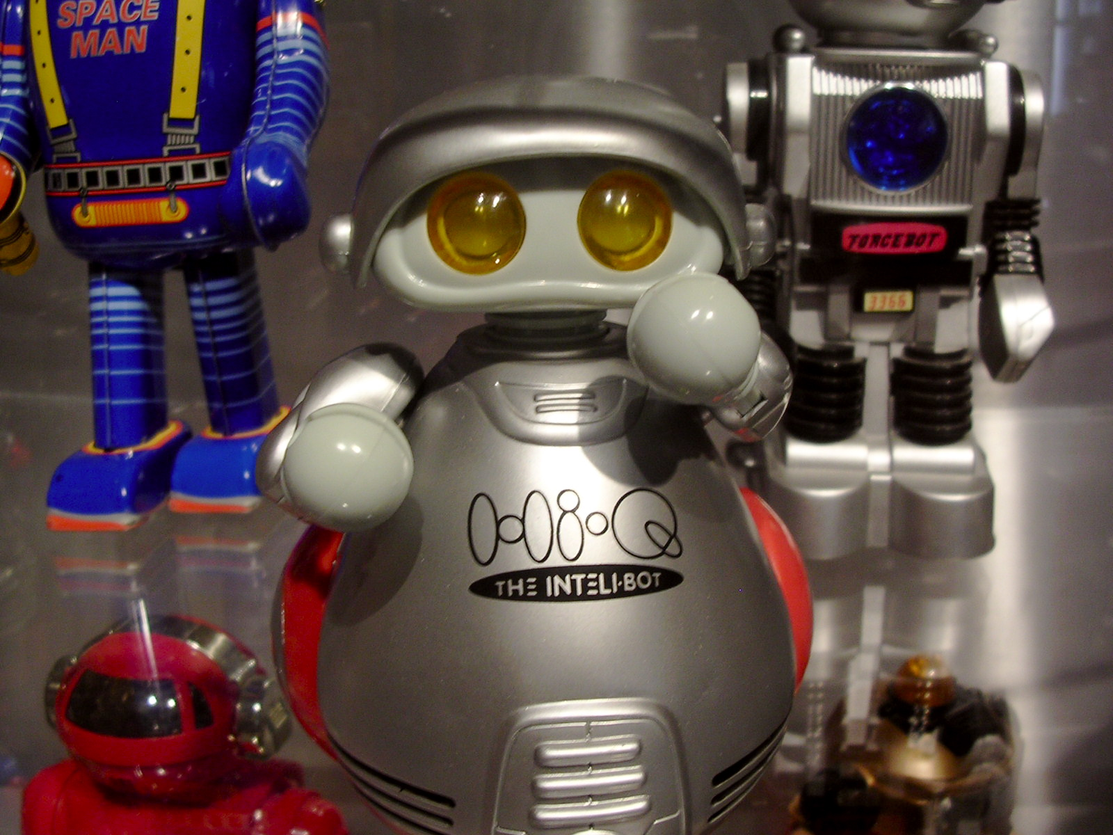 File:Robot At The Museum Of Science And Technology