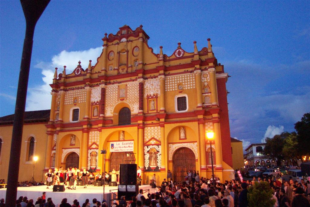 San Cristobal de las Casas 2004.jpg