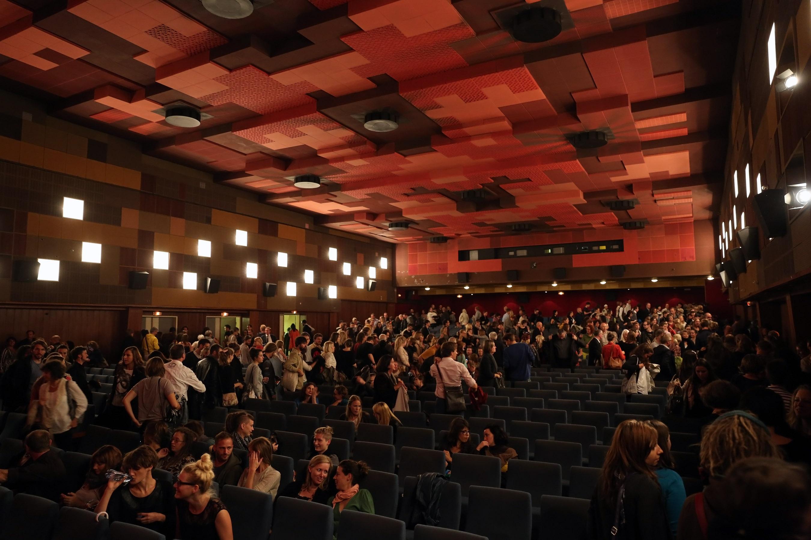 T1 kino