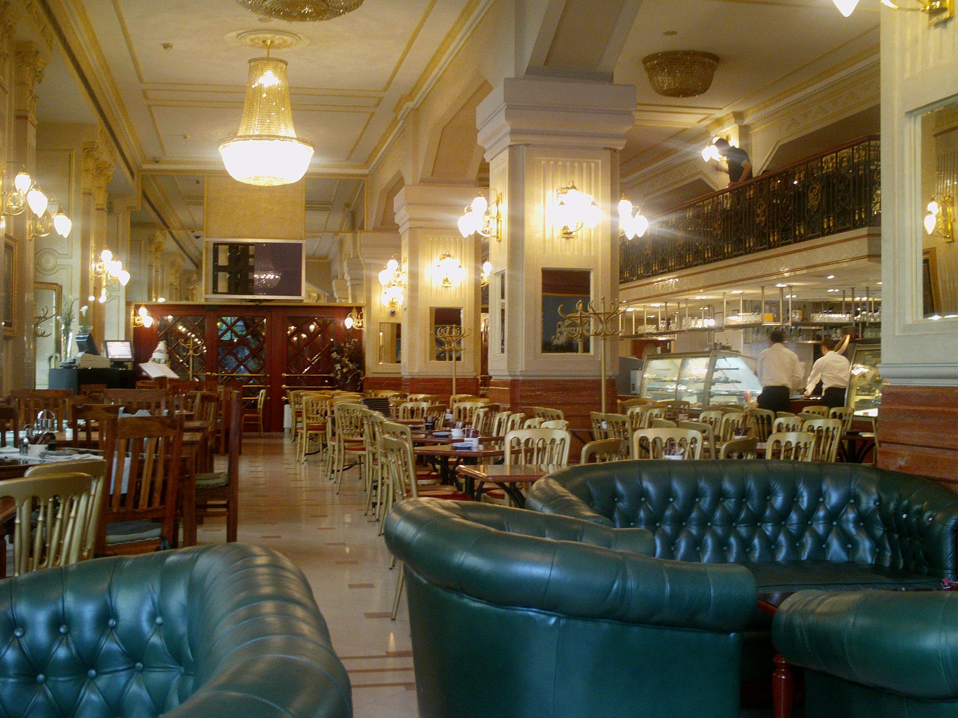 Restaurant Caf Ef Bf Bd St Louis Bd Schuman Nantes