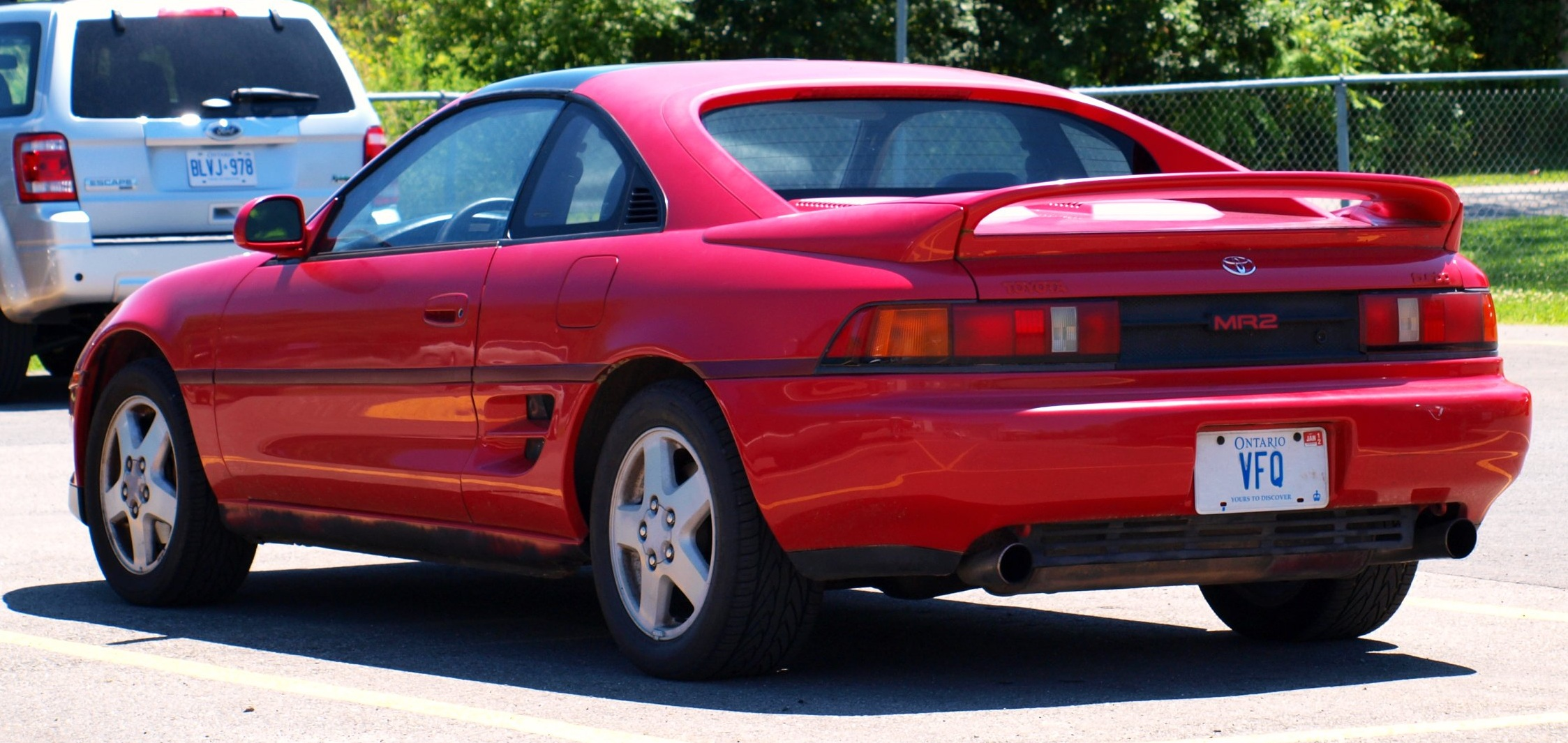 File Toyota Mr2 In The Sun Jpg Wikimedia Commons