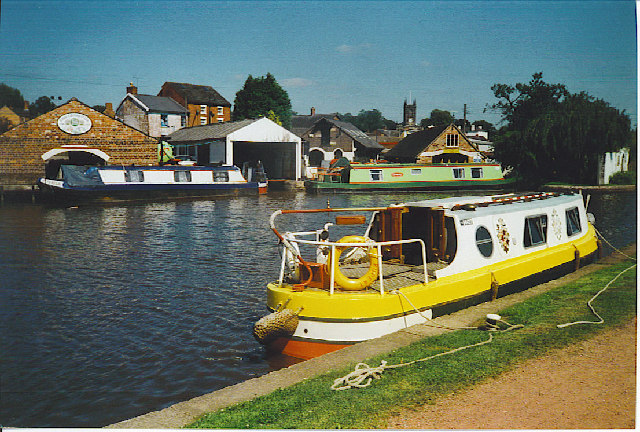 Trent and Mersey Canal, Stone. - geograph.org.uk - 127533