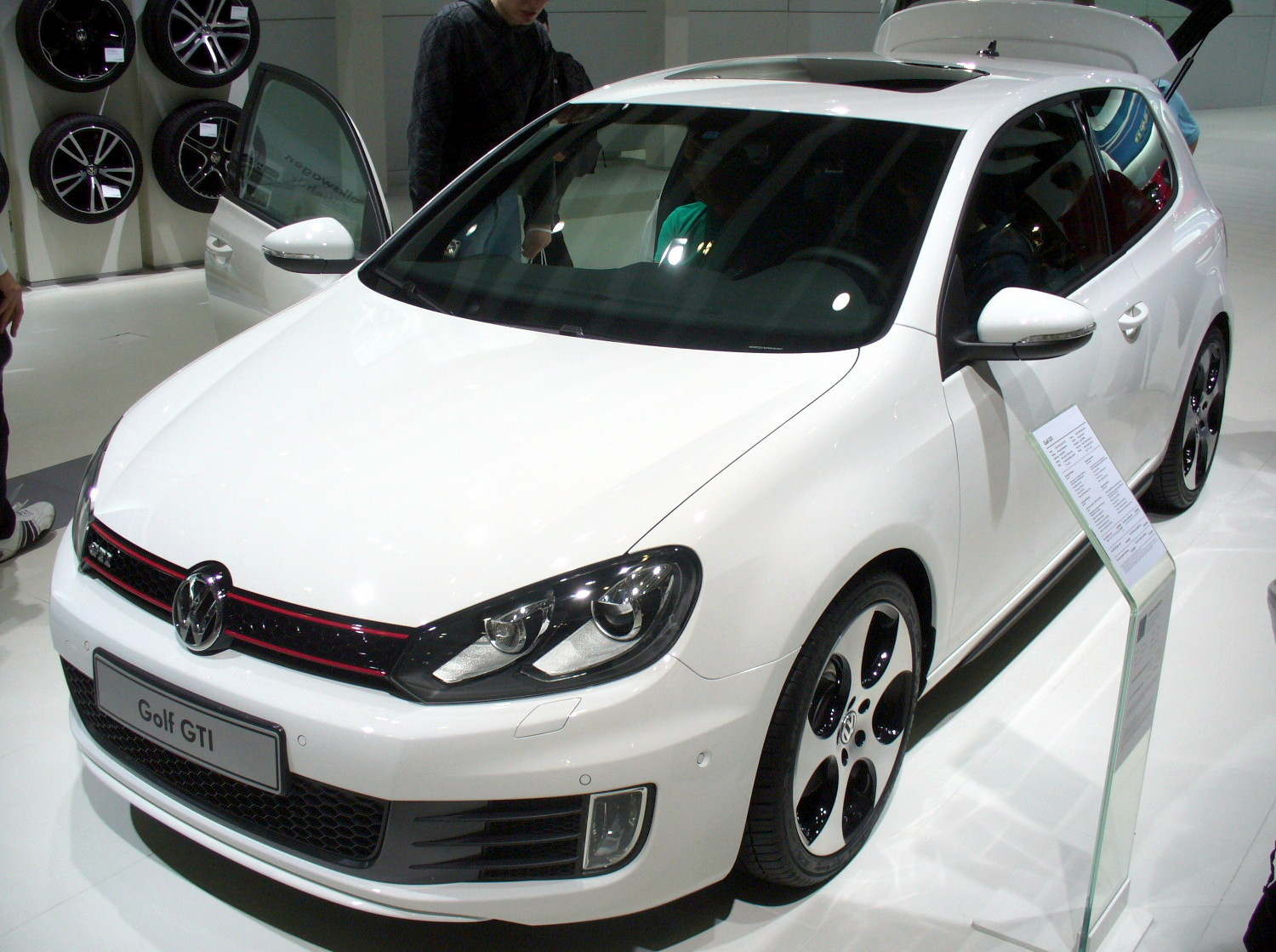 file vw golf vi gti jpg wikimedia commons. Black Bedroom Furniture Sets. Home Design Ideas