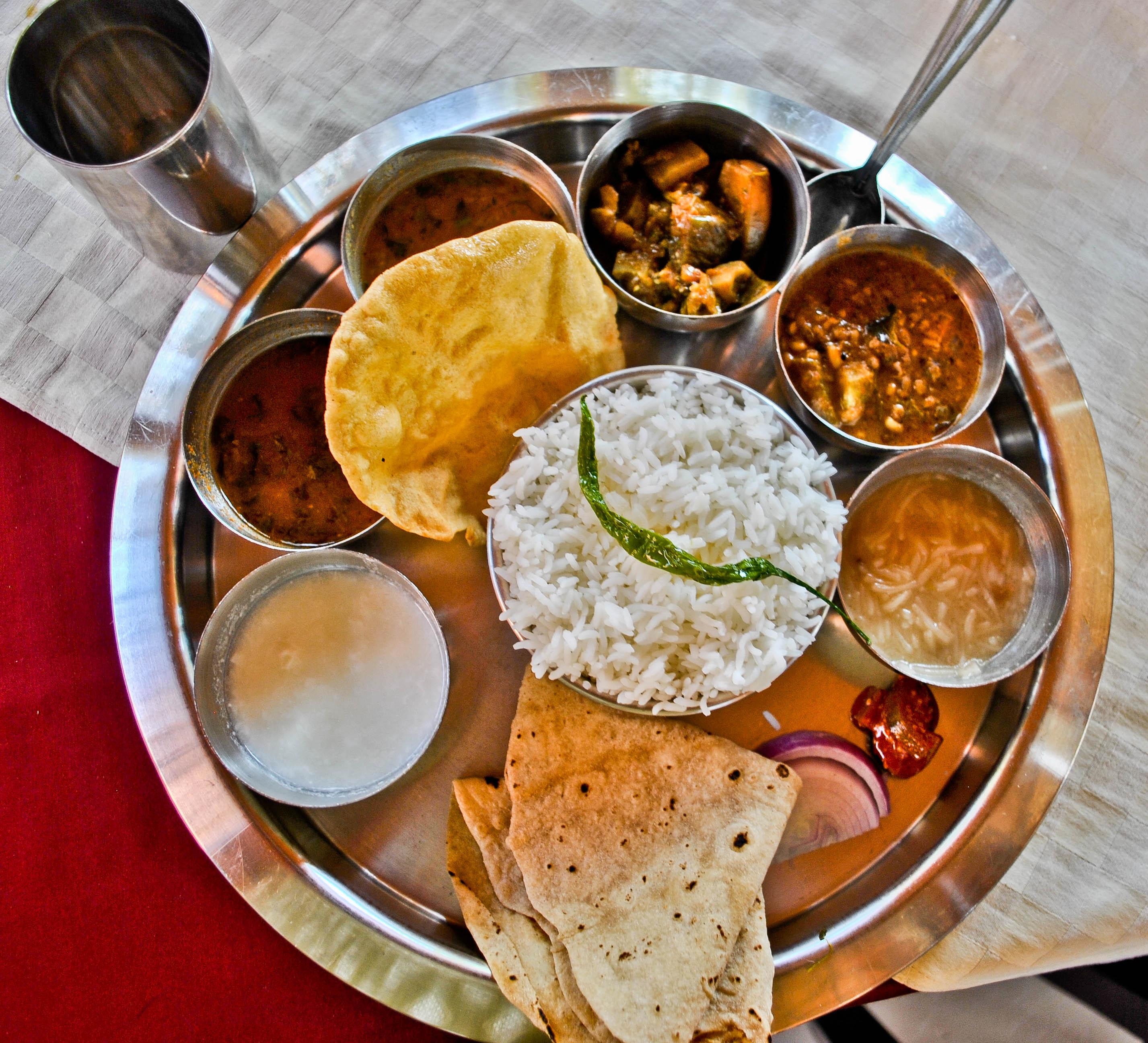 File:Vegetarian Thali.jpg - Wikimedia Commons