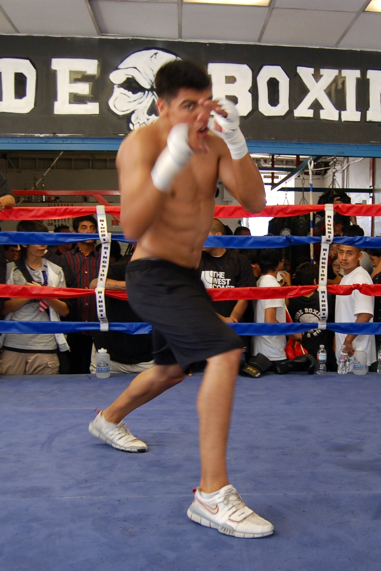 File:Victor Ortiz at Westside Boxing Club LA.JPG - Wikipedia, the free ...