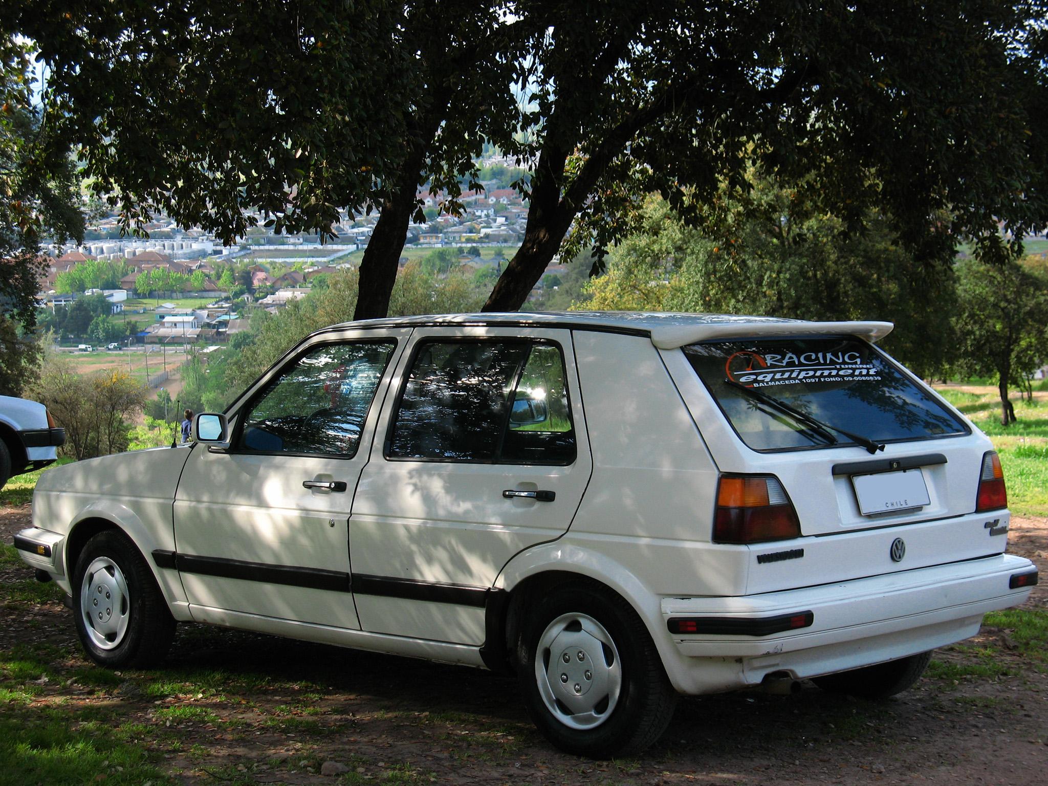 FileVolkswagen Golf 16 GL 1990 14127742633jpg  Wikimedia Commons
