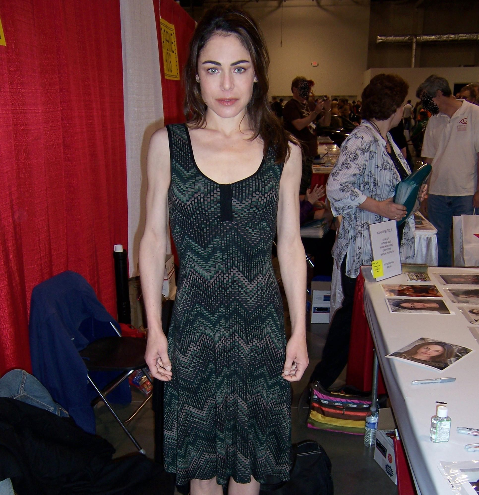 Leigh Raven