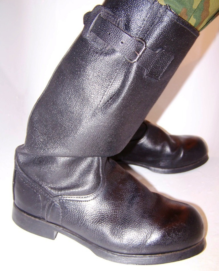 Units manufacturing yuft shoes
