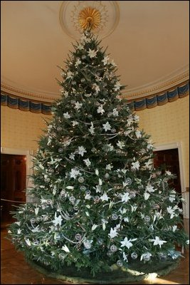 white house christmas tree - Blue And White Christmas Decorations