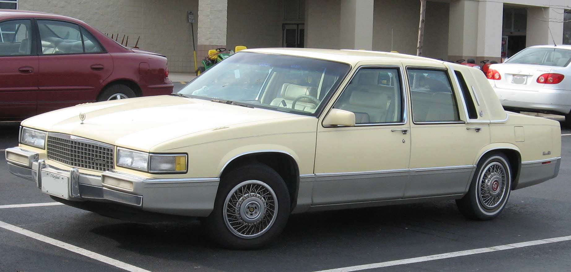 File 89 93 Cadillac Deville Jpg Wikimedia Commons