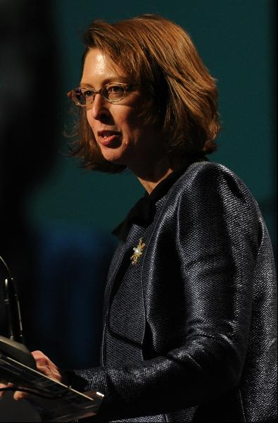 The 57-year old daughter of father (?) and mother(?) Abigail Johnson in 2019 photo. Abigail Johnson earned a  million dollar salary - leaving the net worth at 17000 million in 2019