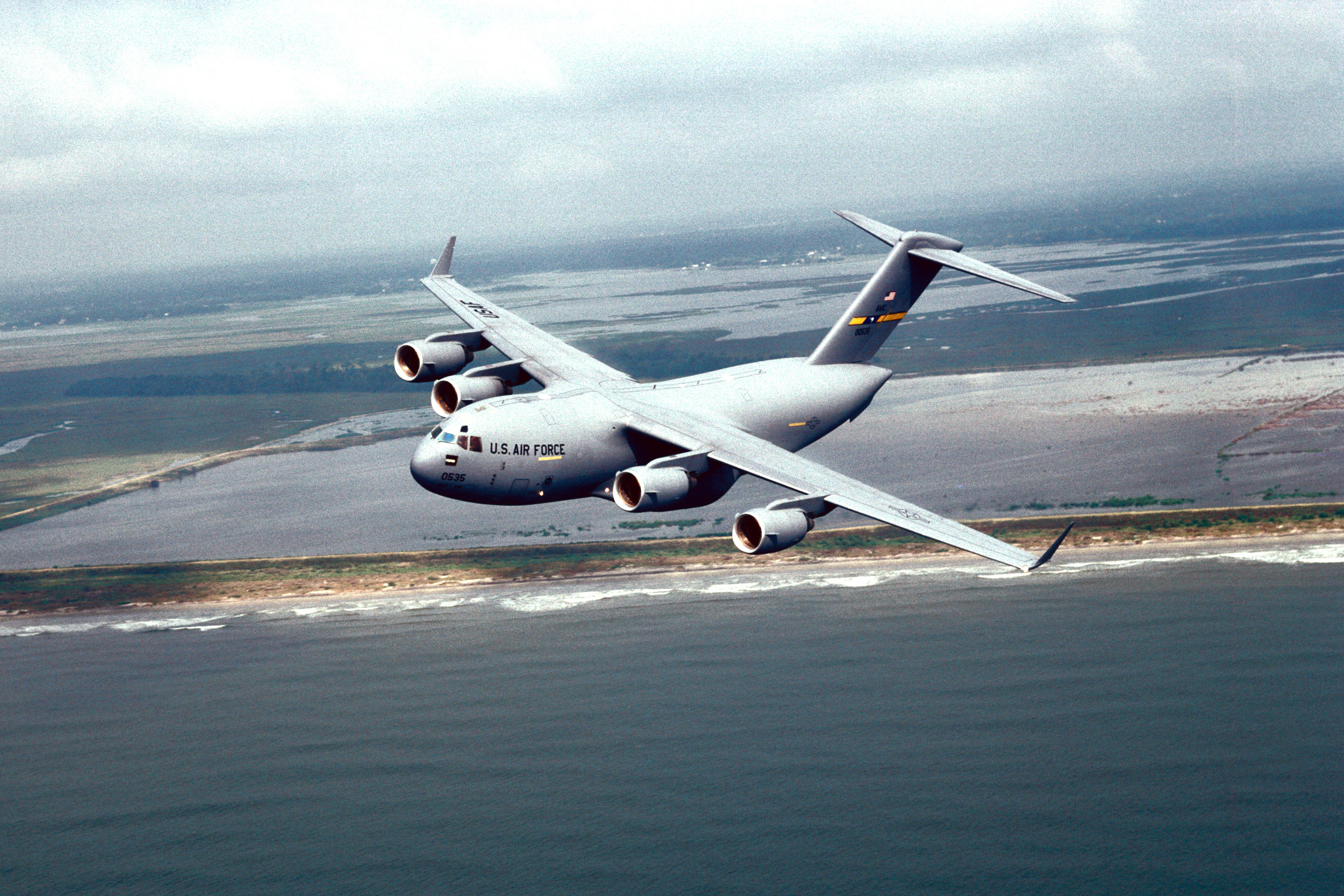 File An Air To Air Left Side View Of A C 17 Globemaster Iii From The