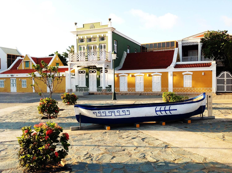 Hasil gambar untuk National Archaeological Museum Aruba