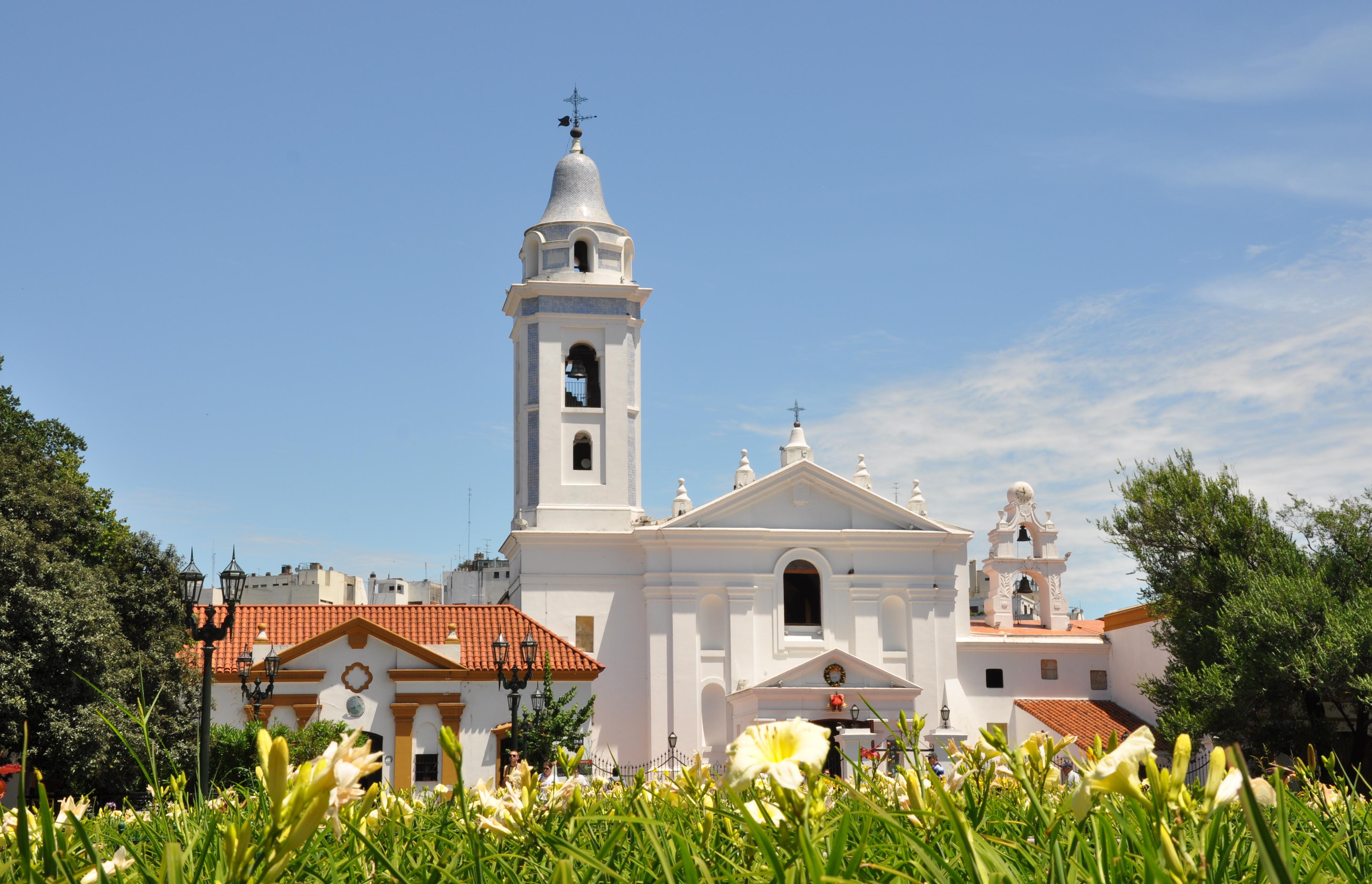 File:Basílica Nuestra Señora del Pilar (Buenos Aires).jpg - Wikimedia Commons