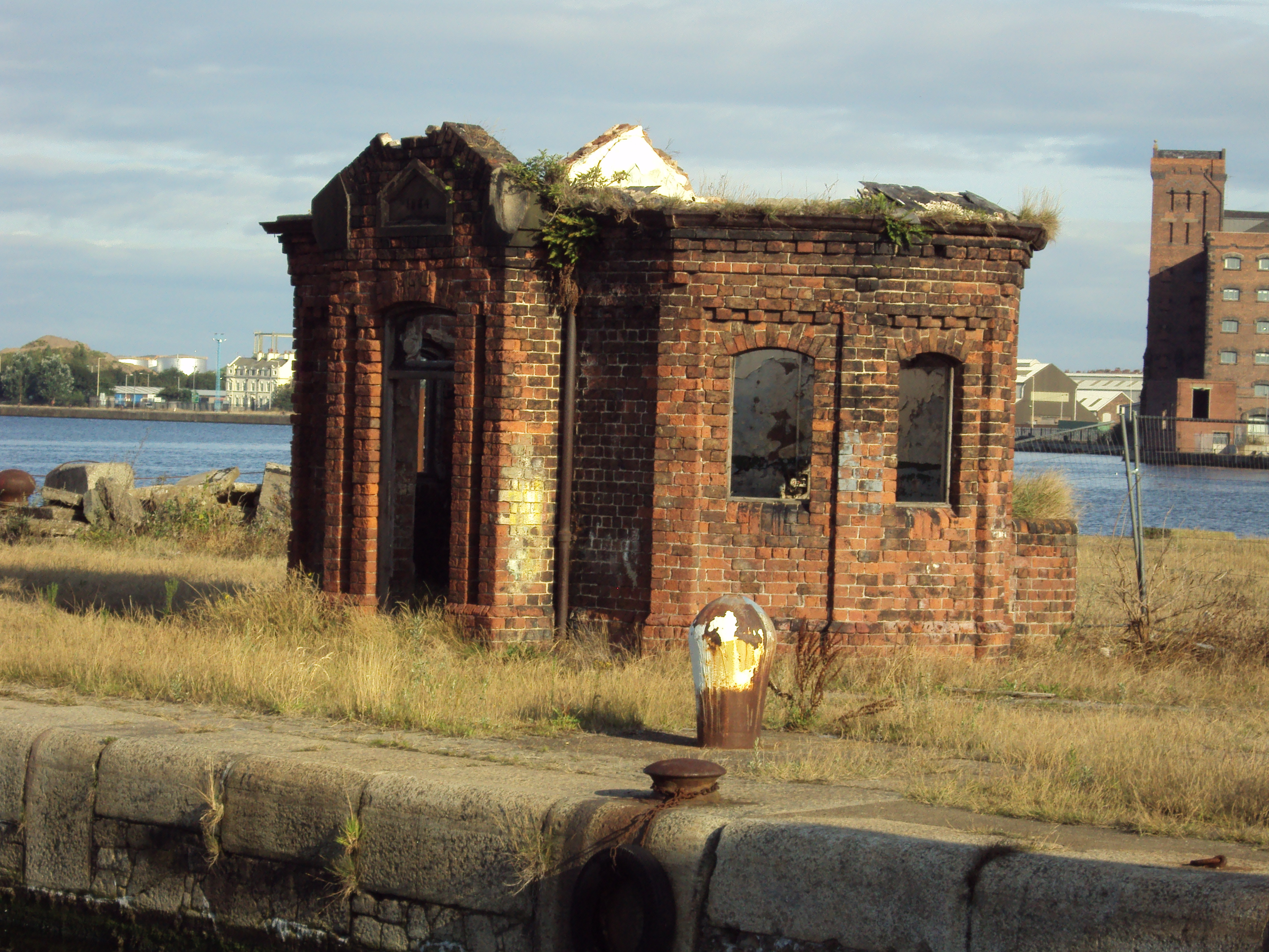 Benkid Derelict Building Birkenhead Docks