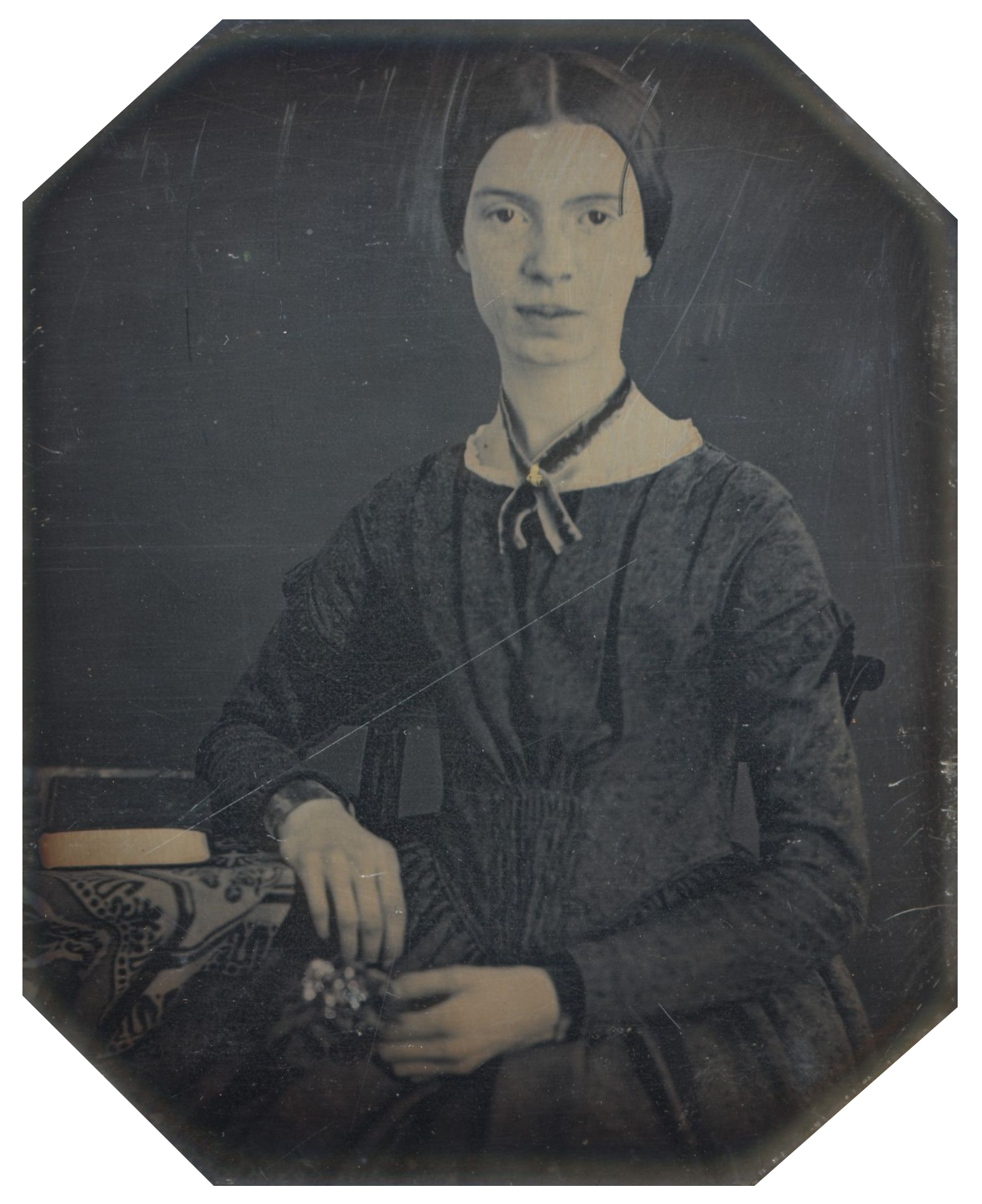 [[Daguerreotype]] taken at [[Mount Holyoke College|Mount Holyoke]], December 1846 or early 1847; the only authenticated portrait of Emily Dickinson after childhood<ref>D'Arienzo (2006); the original is held by Amherst College Archives and Special Collections</ref>