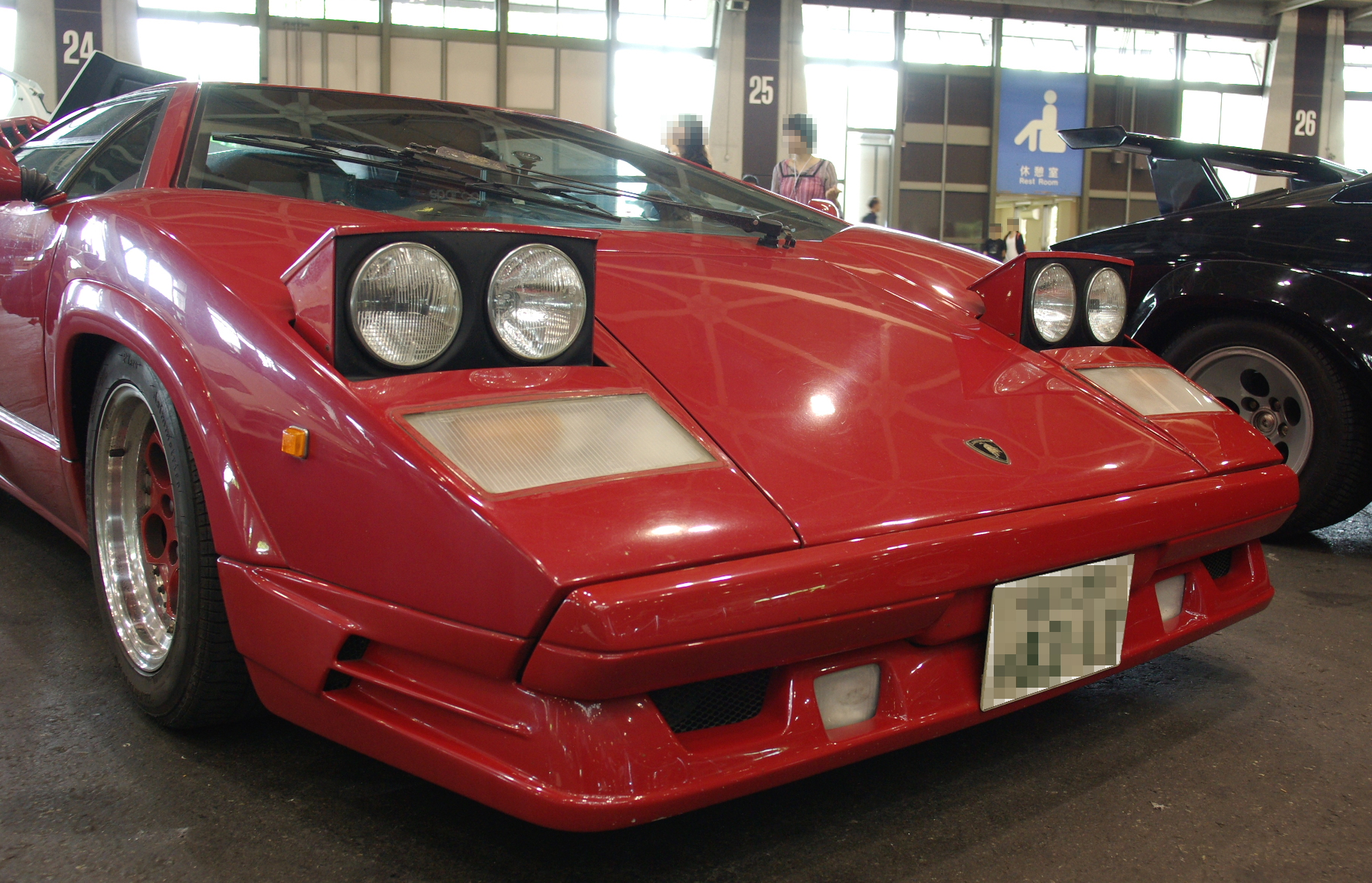 File Countach Which Raised Retractable Headlights Jpg