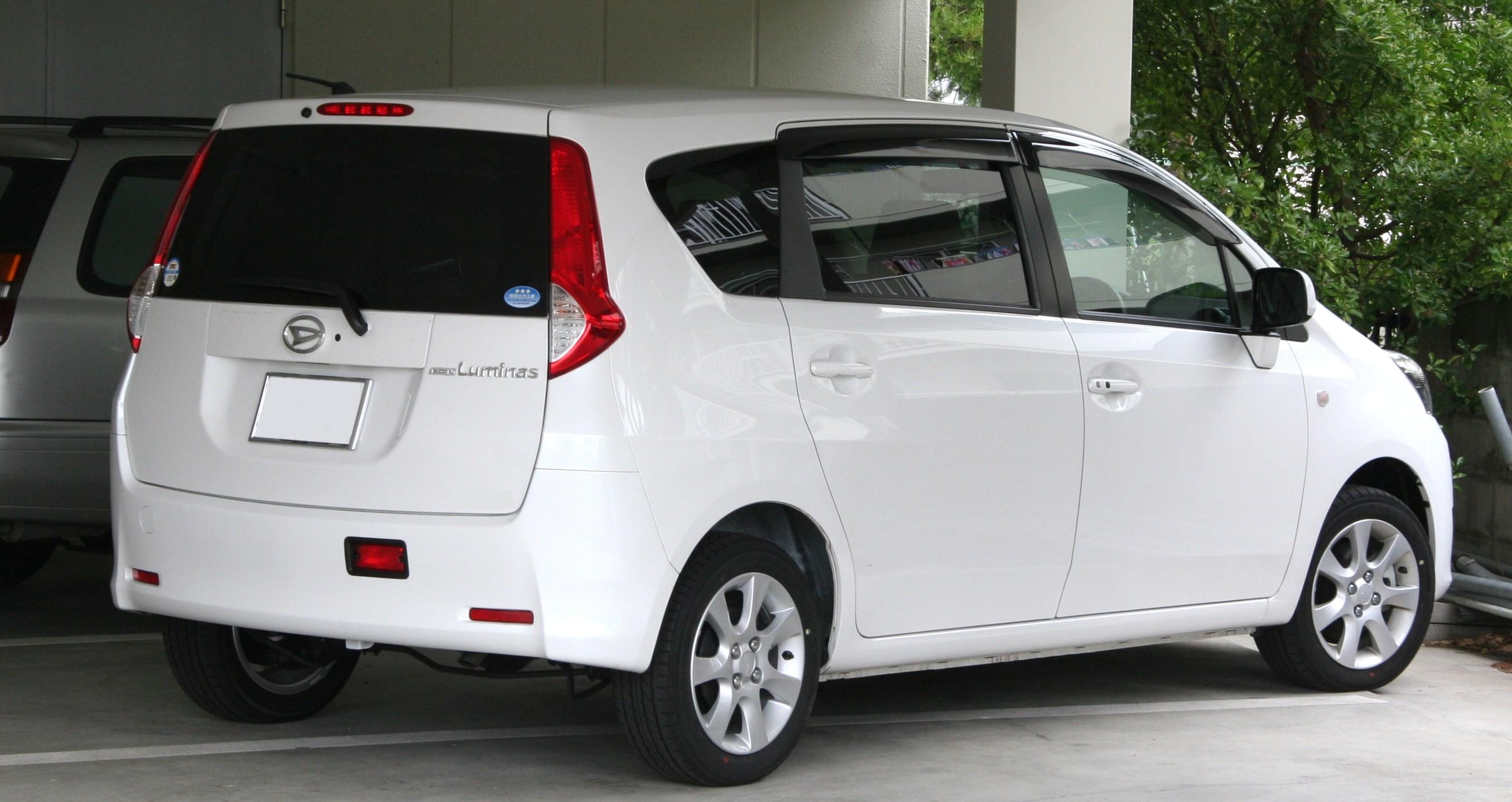 Best Cars Information: Daihatsu Boon