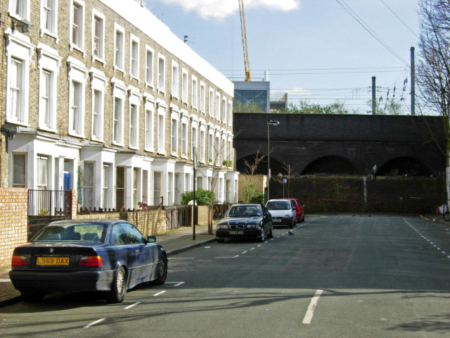 File:Dunford Road, Lower Holloway - geograph.org.uk - 359348.jpg