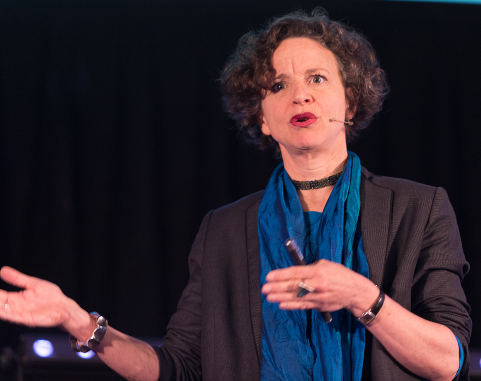 Elizabeth Pisani Wikipedia