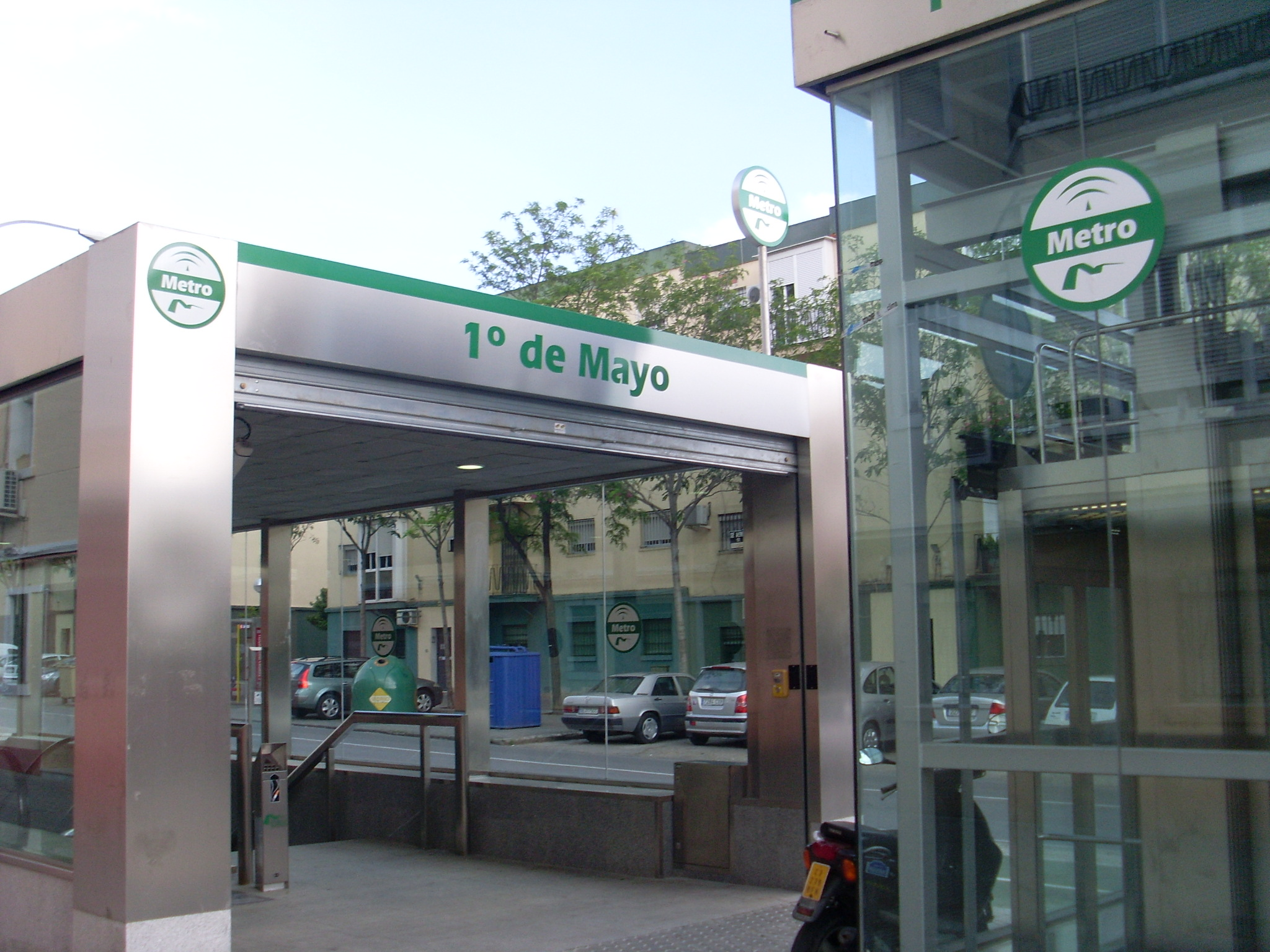 1º de Mayo Station of the Seville Metro.