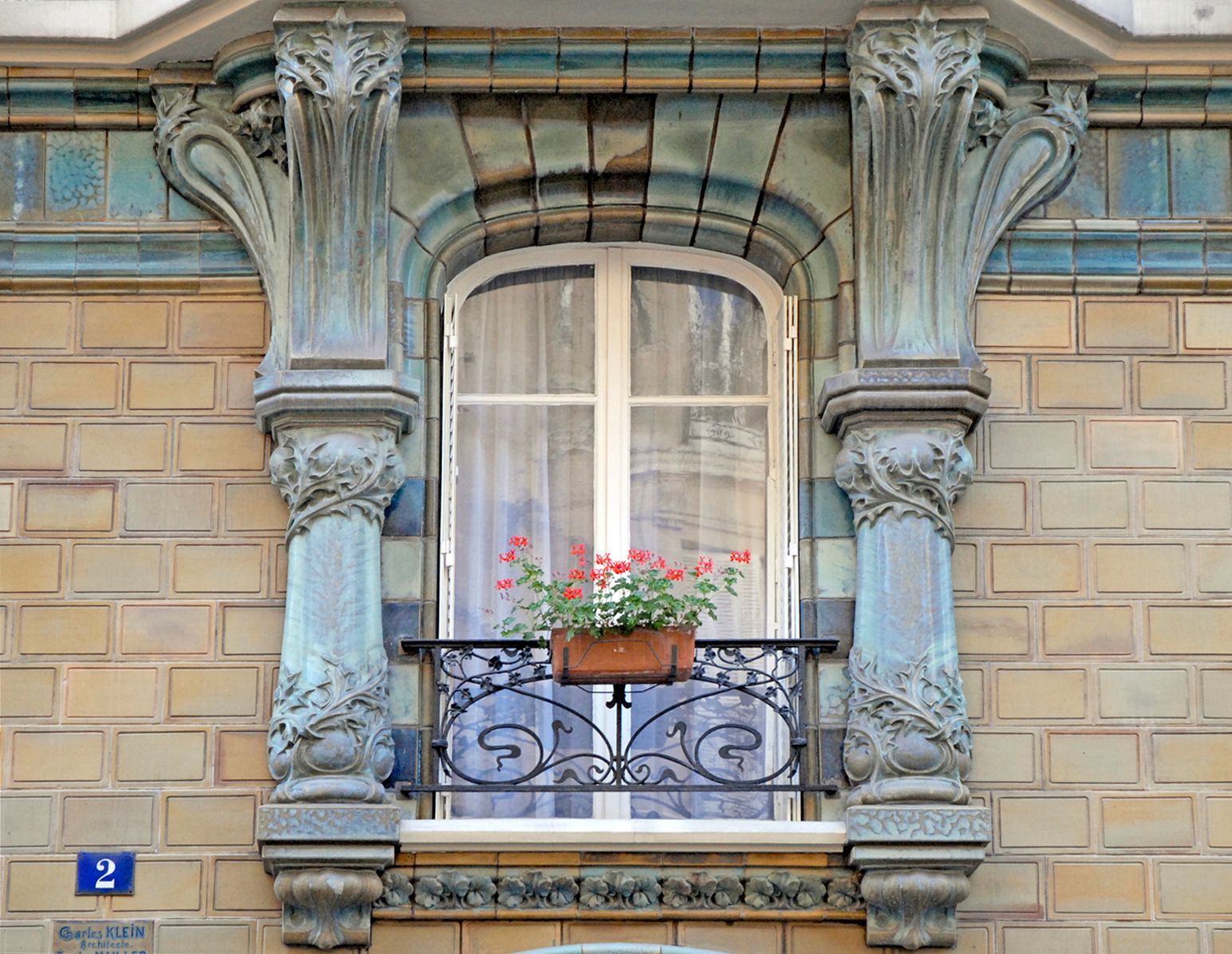 File fen tre d 39 un immeuble art nouveau for Fenetre windows