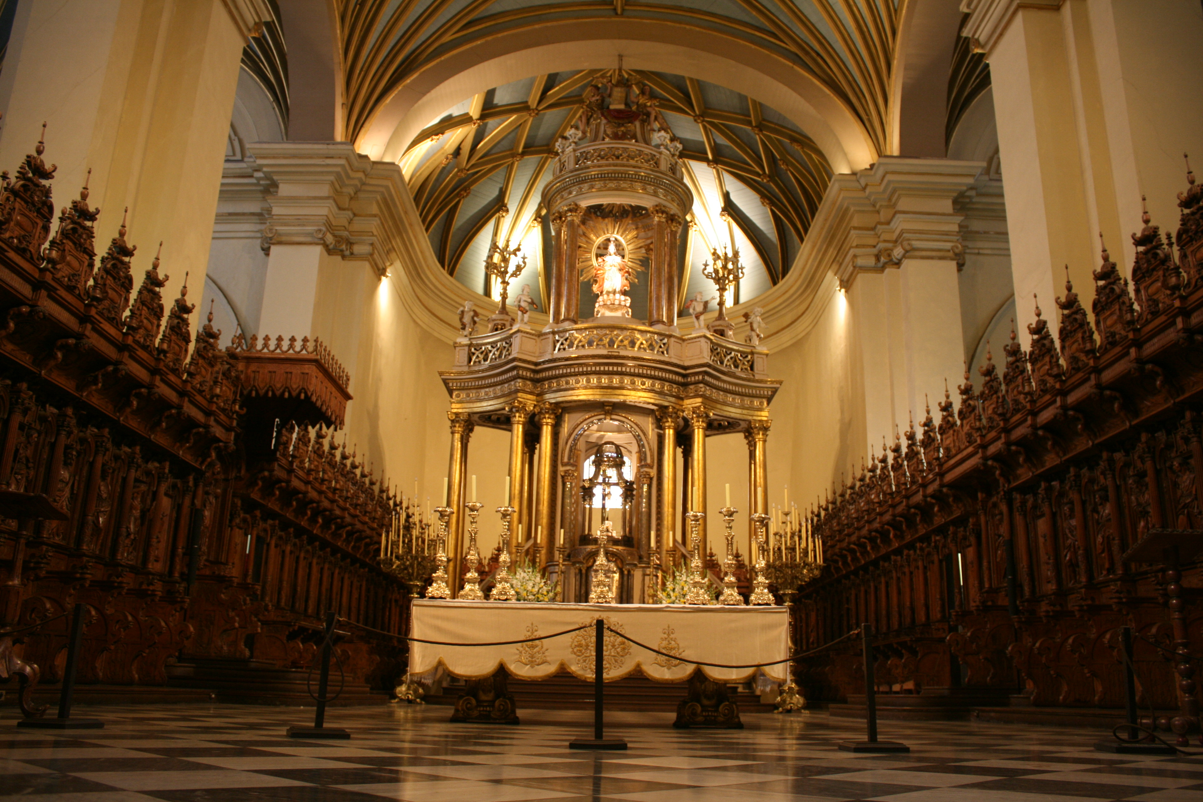 File interior of the cathedral of lima 3833830201 jpg wikimedia commons - Intiriror picture ...