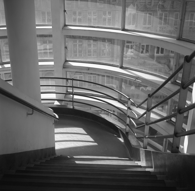 Treppen Haus file kaufhaus schocken stuttgart treppenhaus 3 jpg wikimedia commons