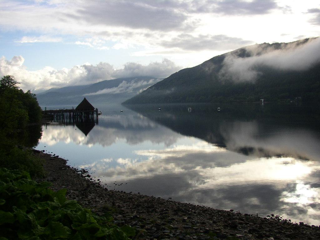 Loch Tay Crannog 01.jpg