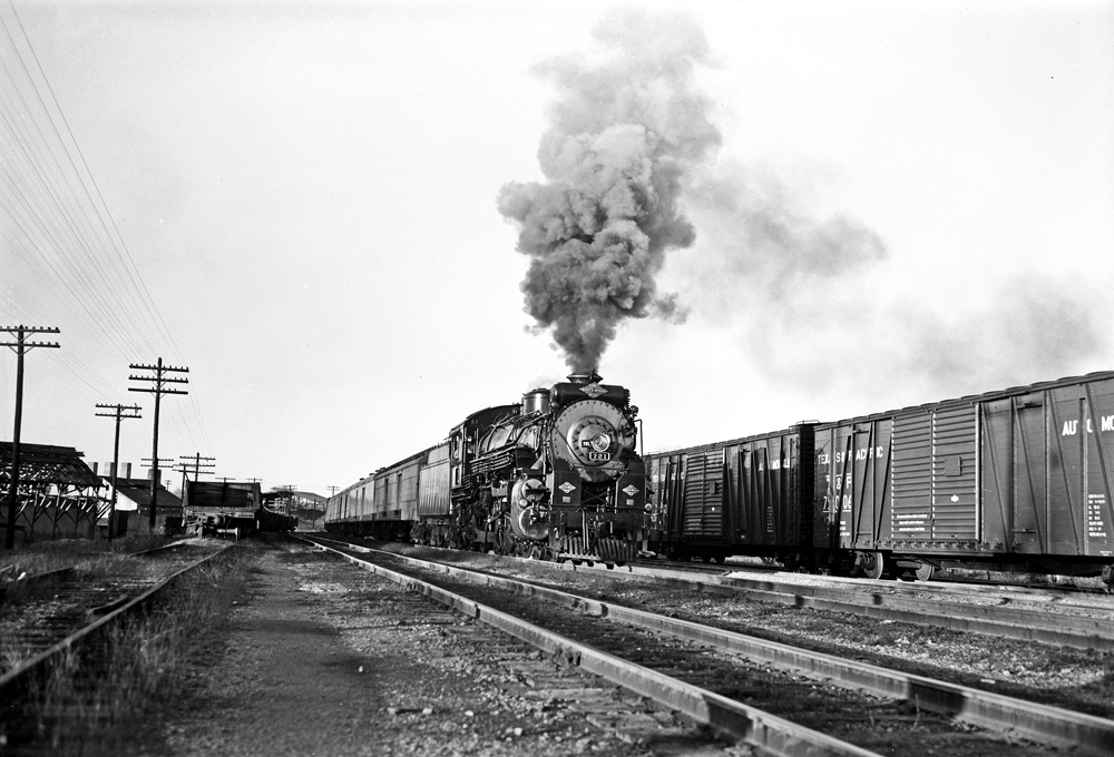 File:Locomotive 721 Entering Railroad Yard, Texas and ... Pacific Railway Company