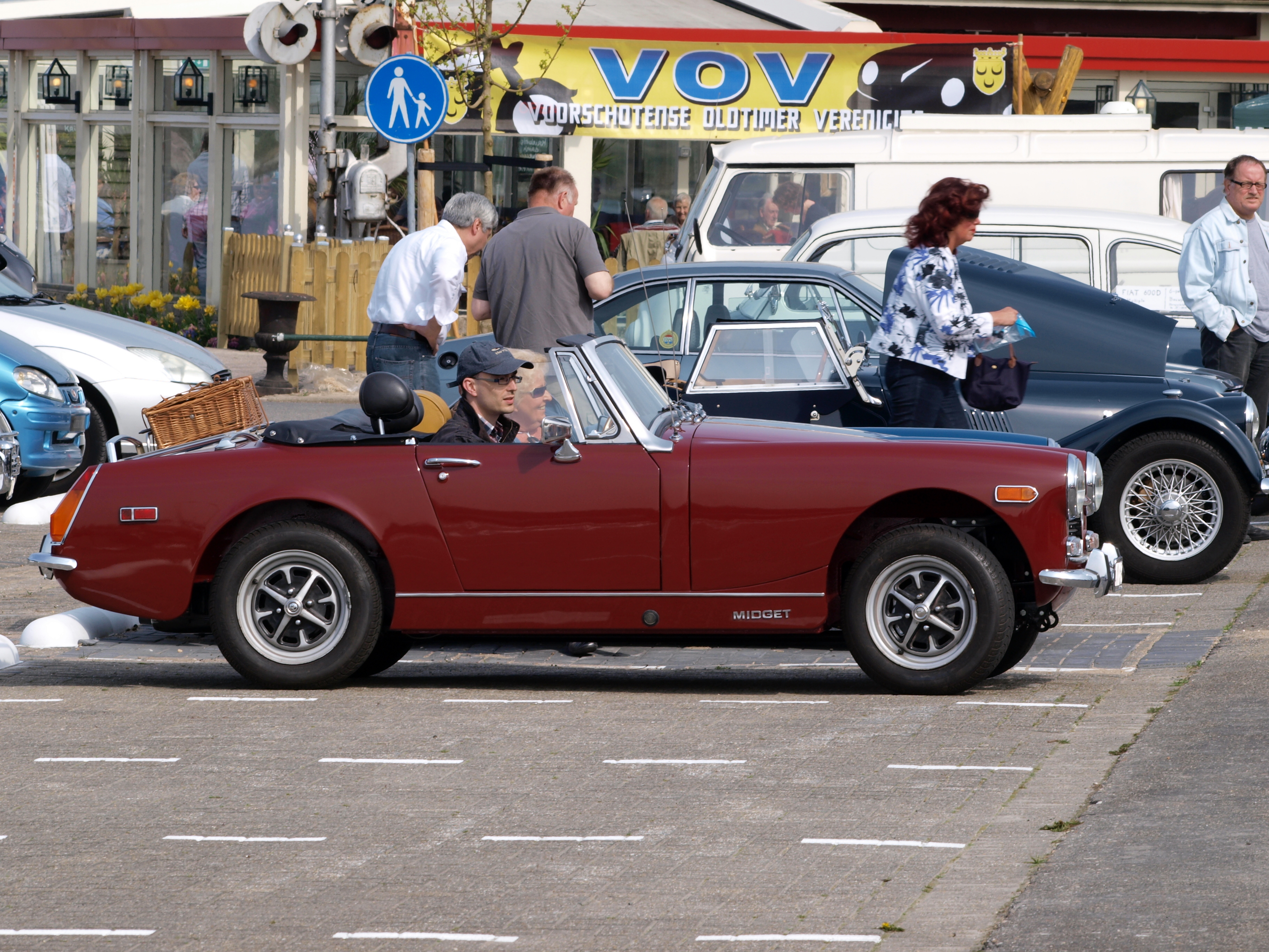Description MG Midget (1974), Dutch licence registration 41-YA-83 pic2 ...