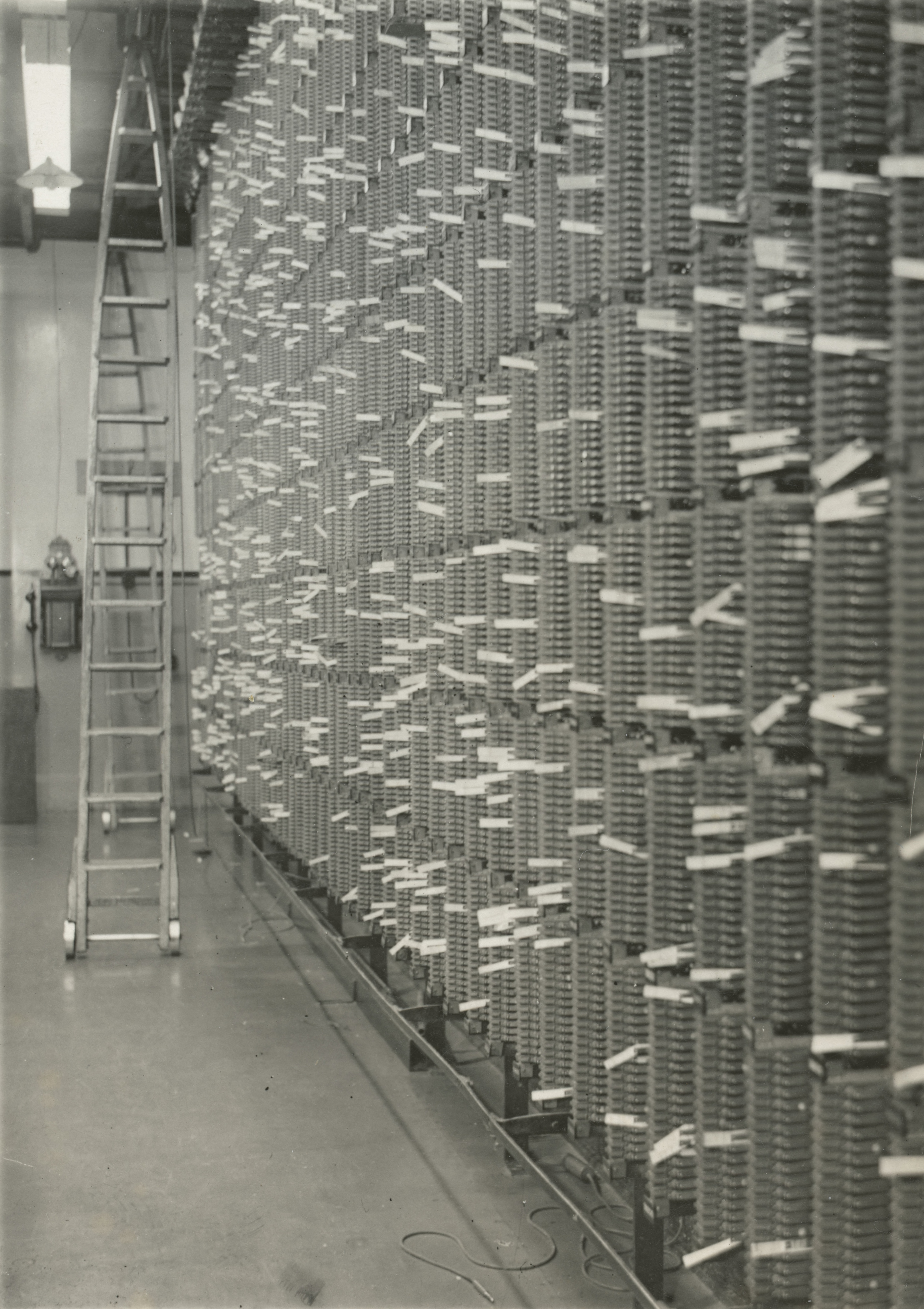 File:Main distribution frame of the telephone exchange, Christchurch ...