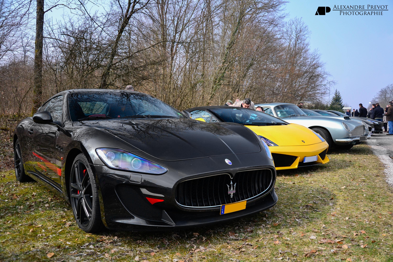File:Maserati Granturismo MC Stradale and Lamborghini Gallardo.jpg