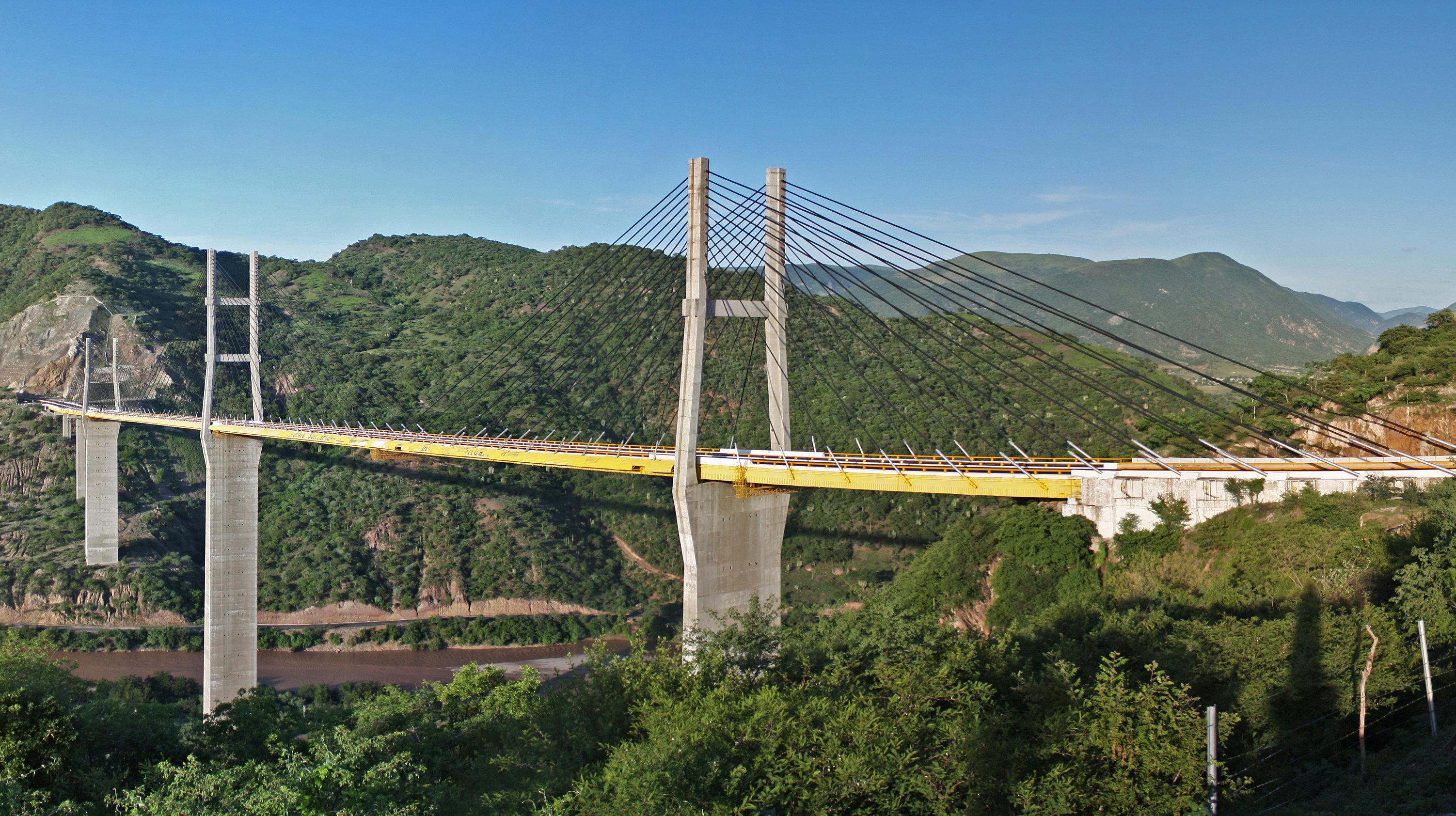 Resultado de imagen para puente atirantado acapulco