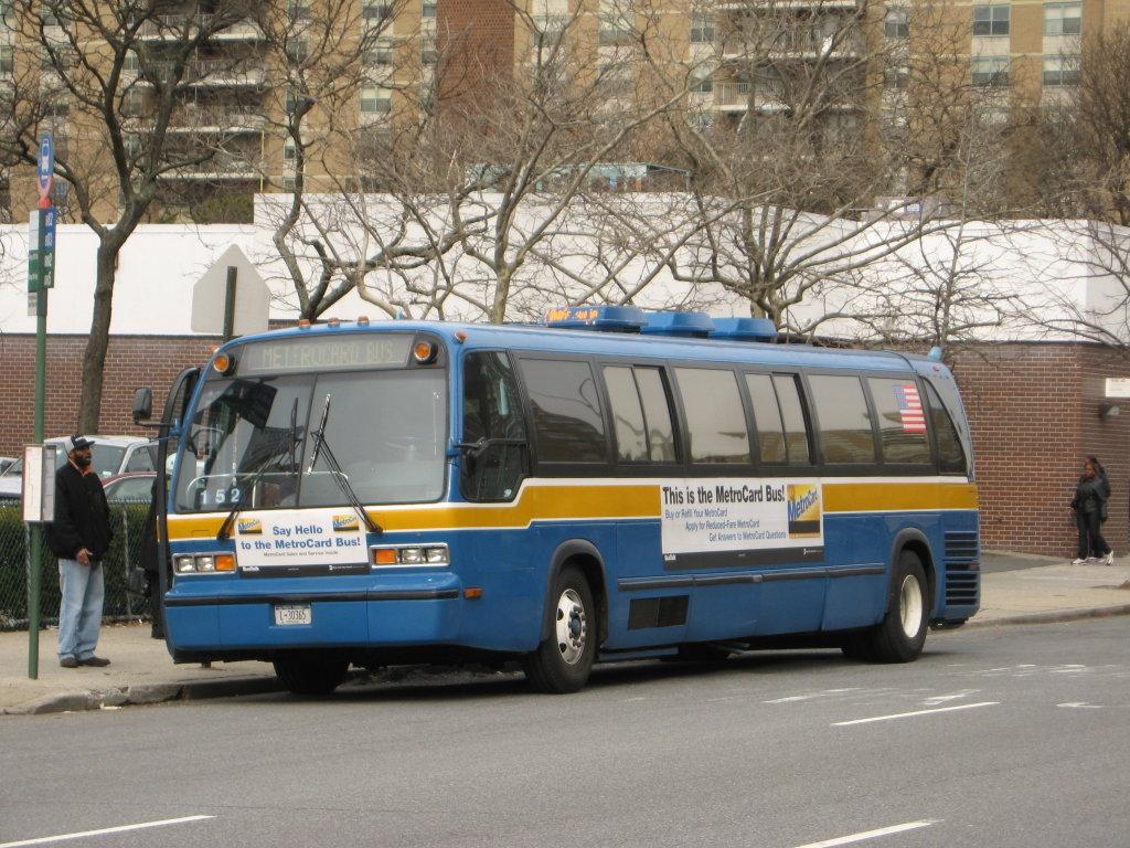 File Nyc Transit Metrocard Bus 8319 Jpg Wikimedia Commons