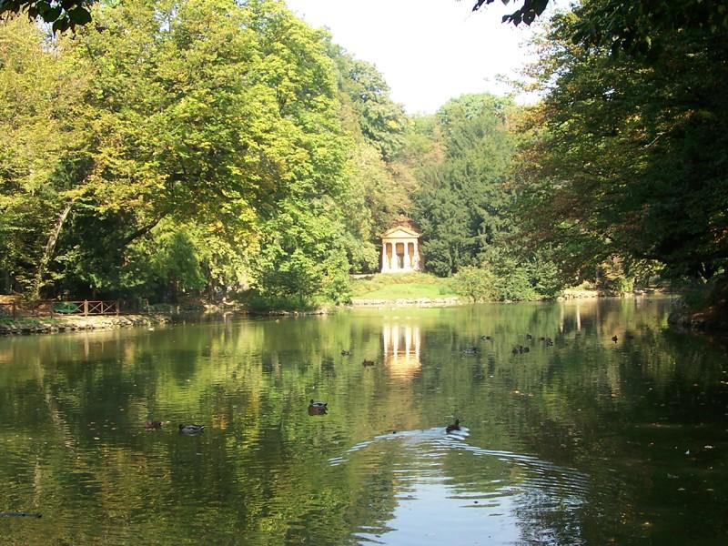 Giardini reali di monza wikipedia for Manuale progettazione giardini
