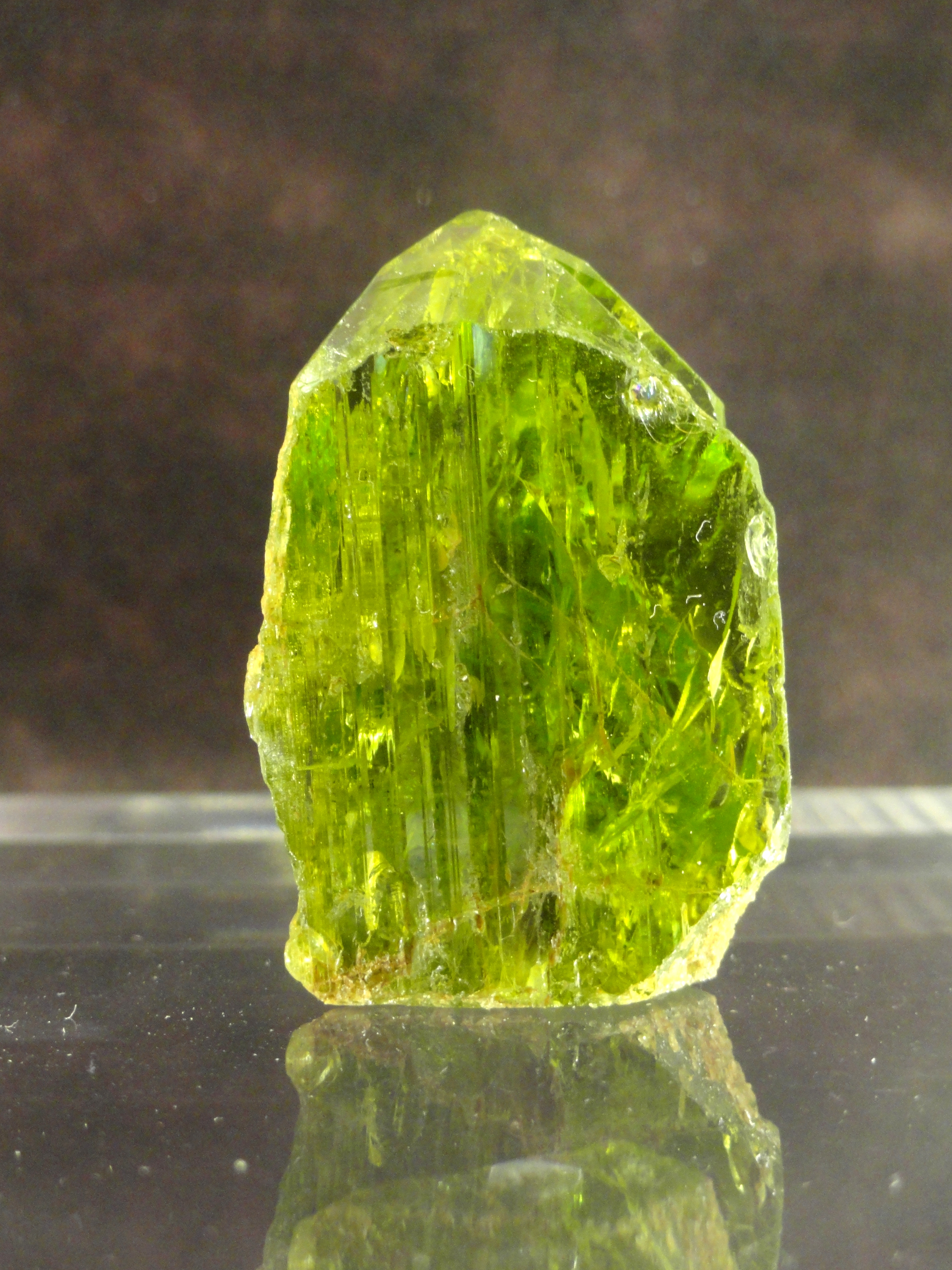 The Olive Green Beauty Peridot Meaning And Uses