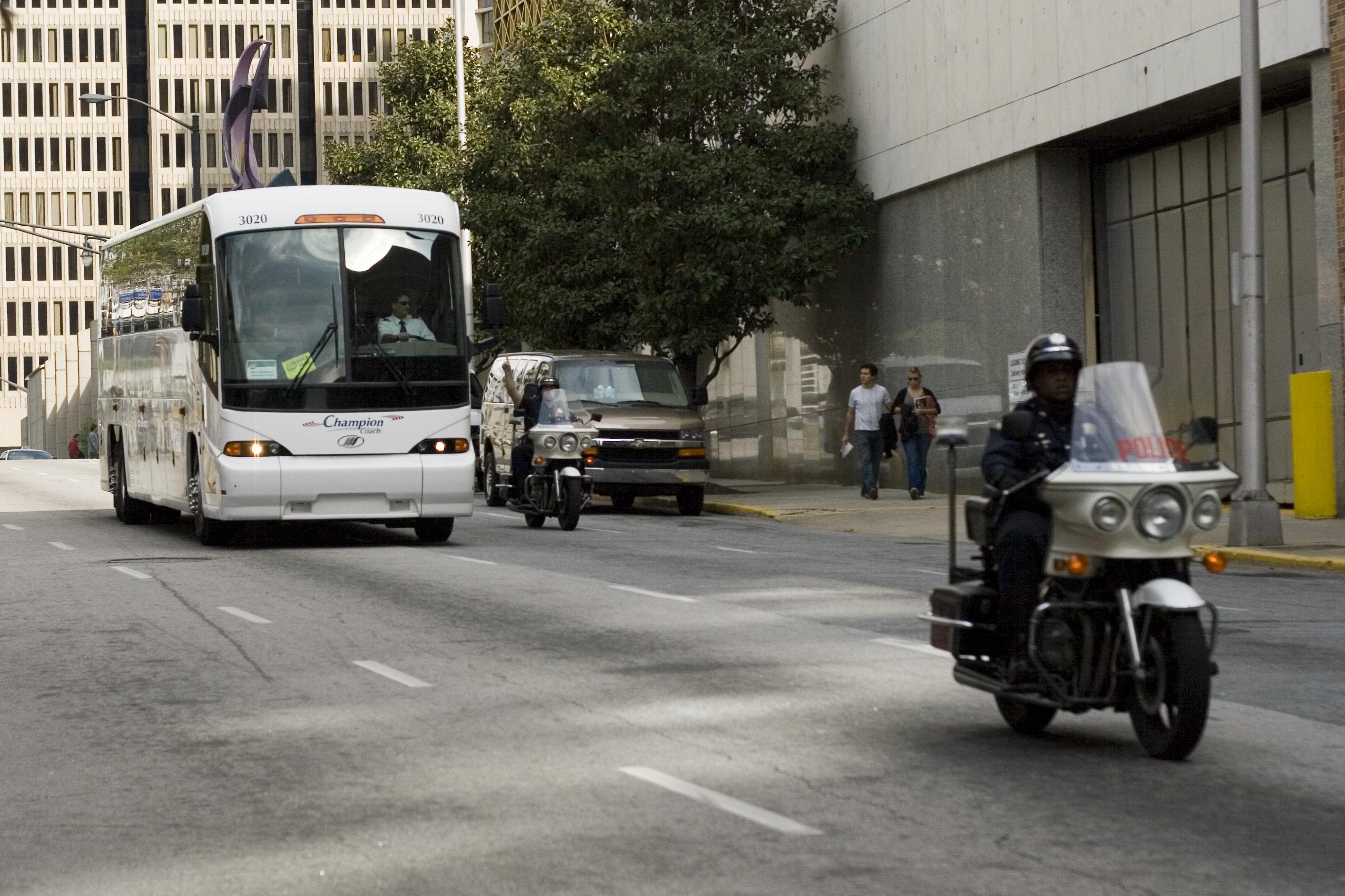 bus helena may escort