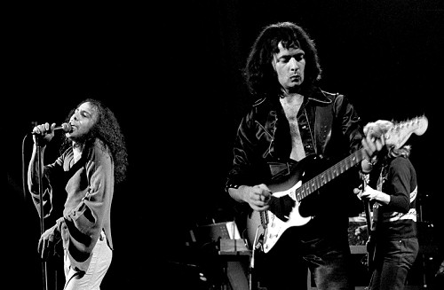 Dio and Ritchie Blackmore performing with Rainbow. Rainbow in performance (27 09 1977 02 500b).jpg